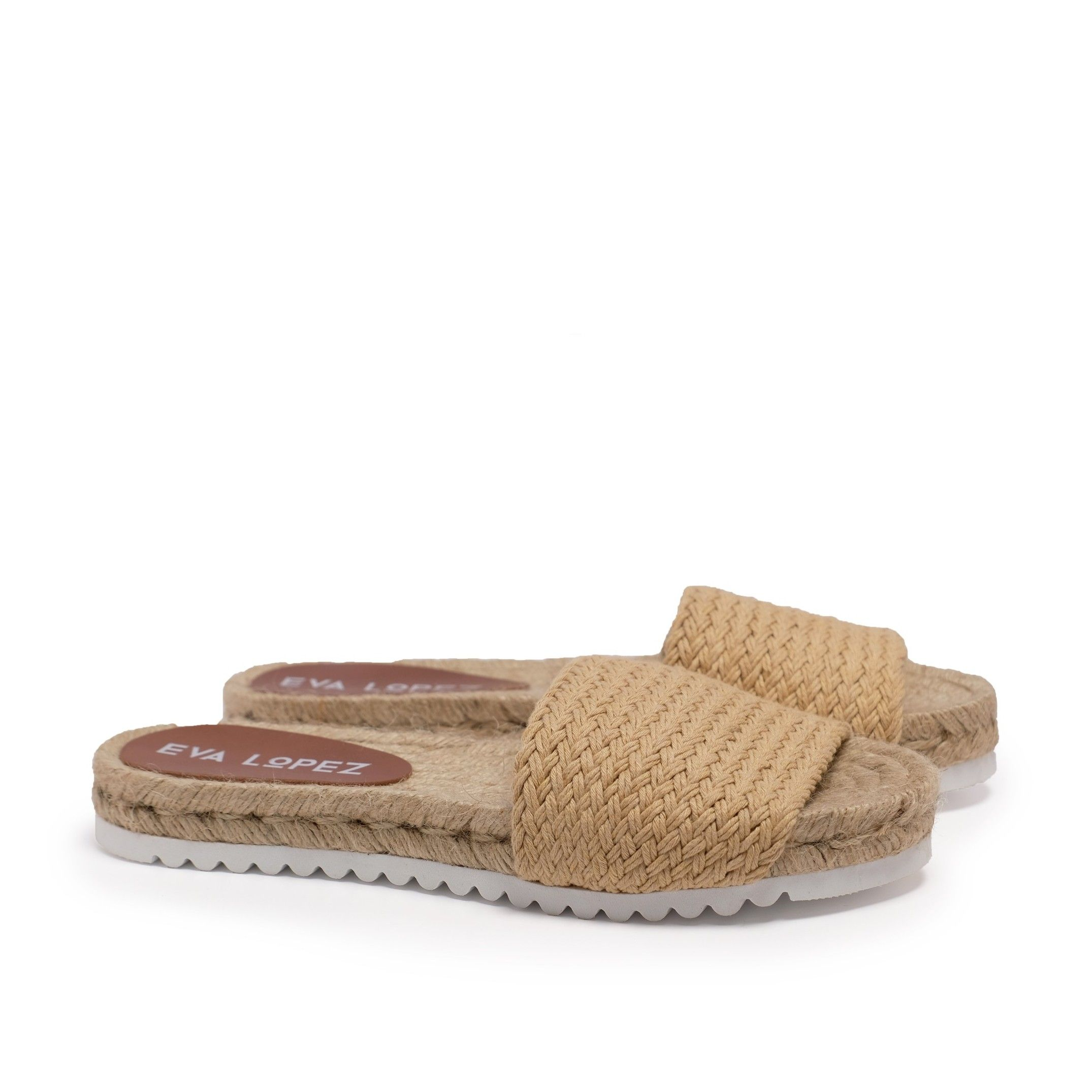 Flat Yute sandal for Women Camel Shoes. Eva Lopez