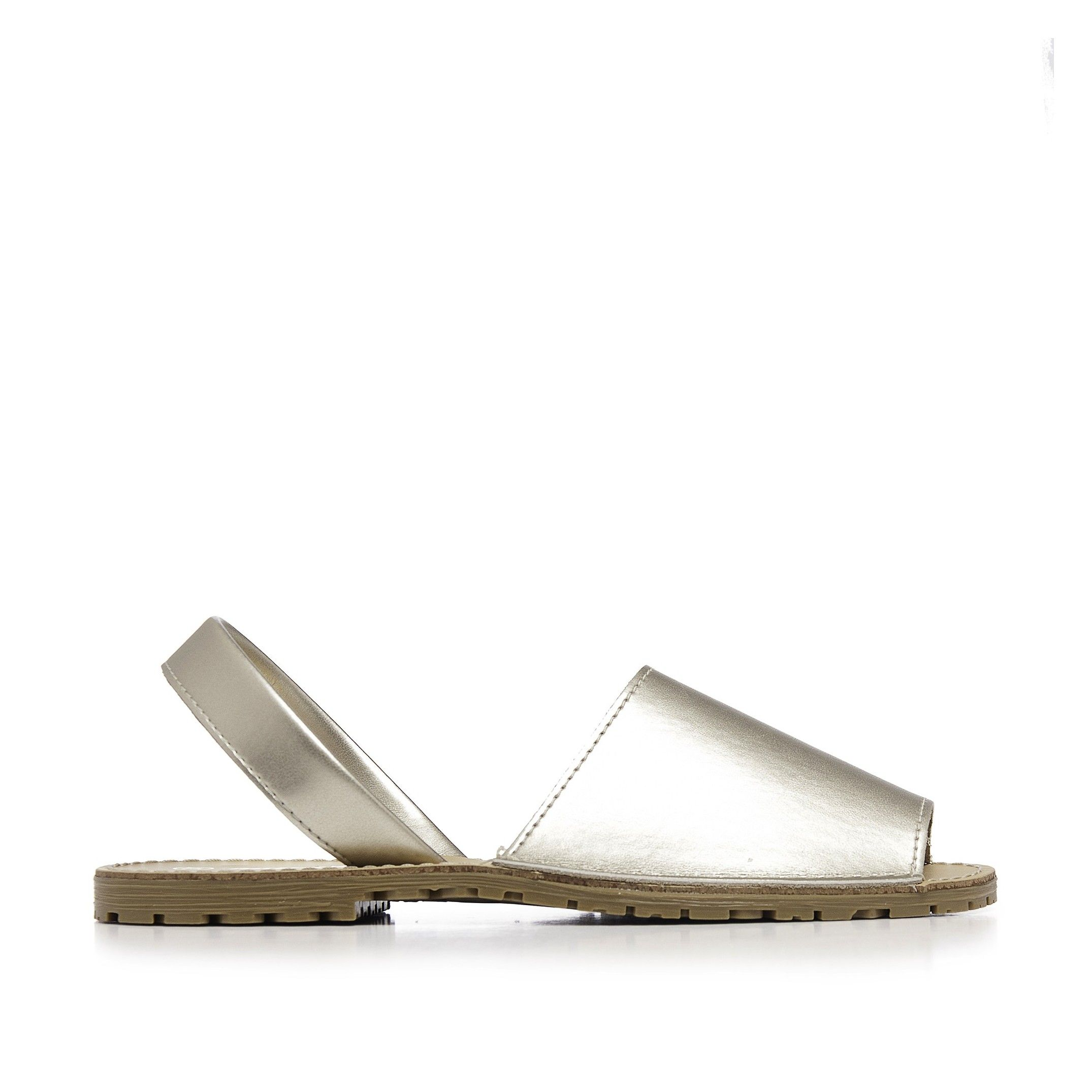 Classic Leather Metalized Sandal Menorquina. Maria Barcelo