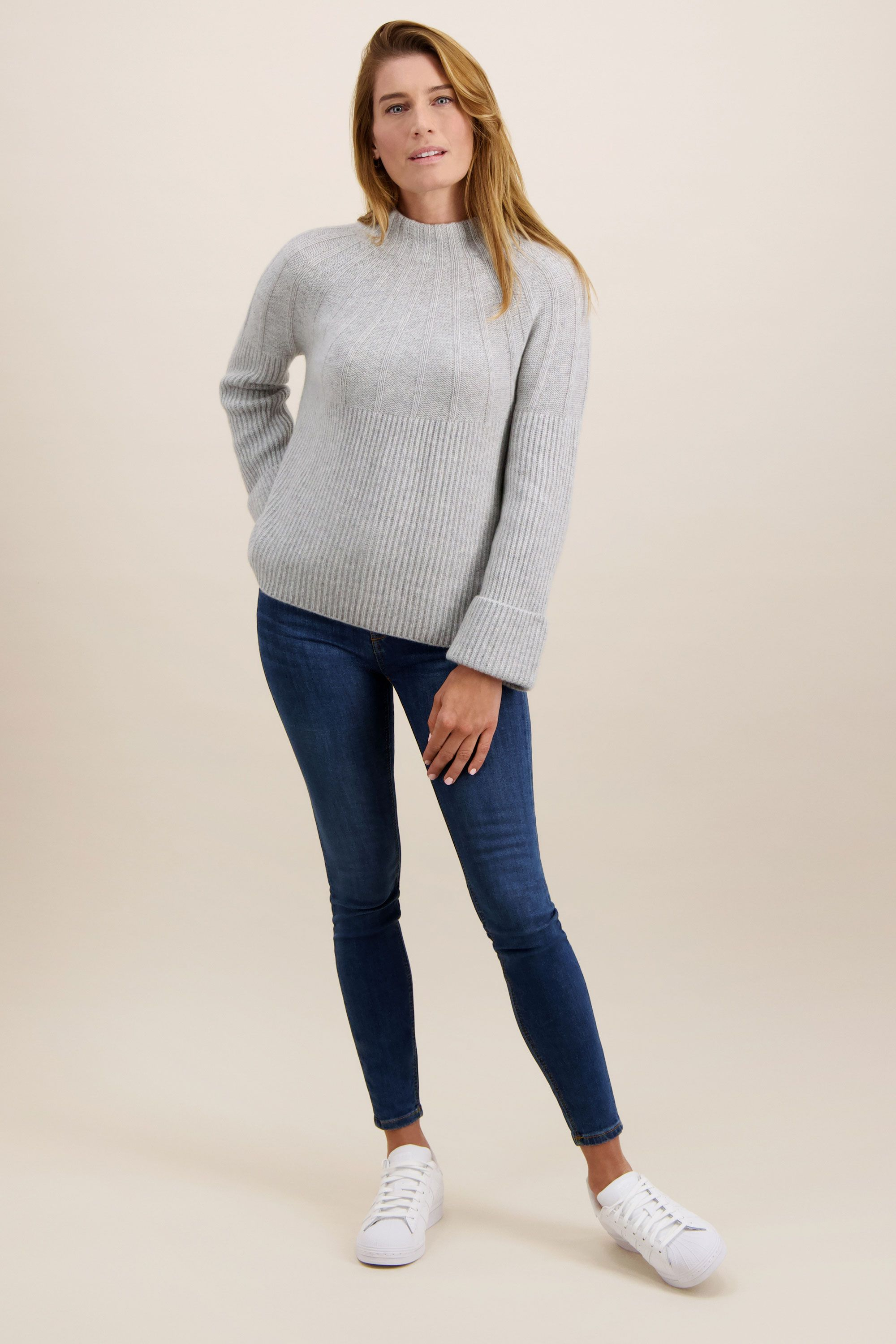 Cashmere Swing Sweater in Foggy