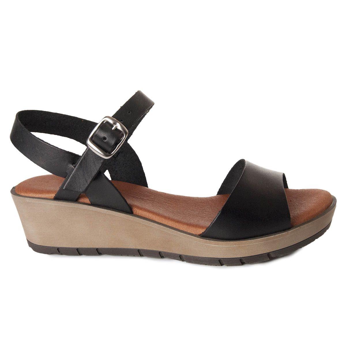 Leindia Wedge Sandal in Black
