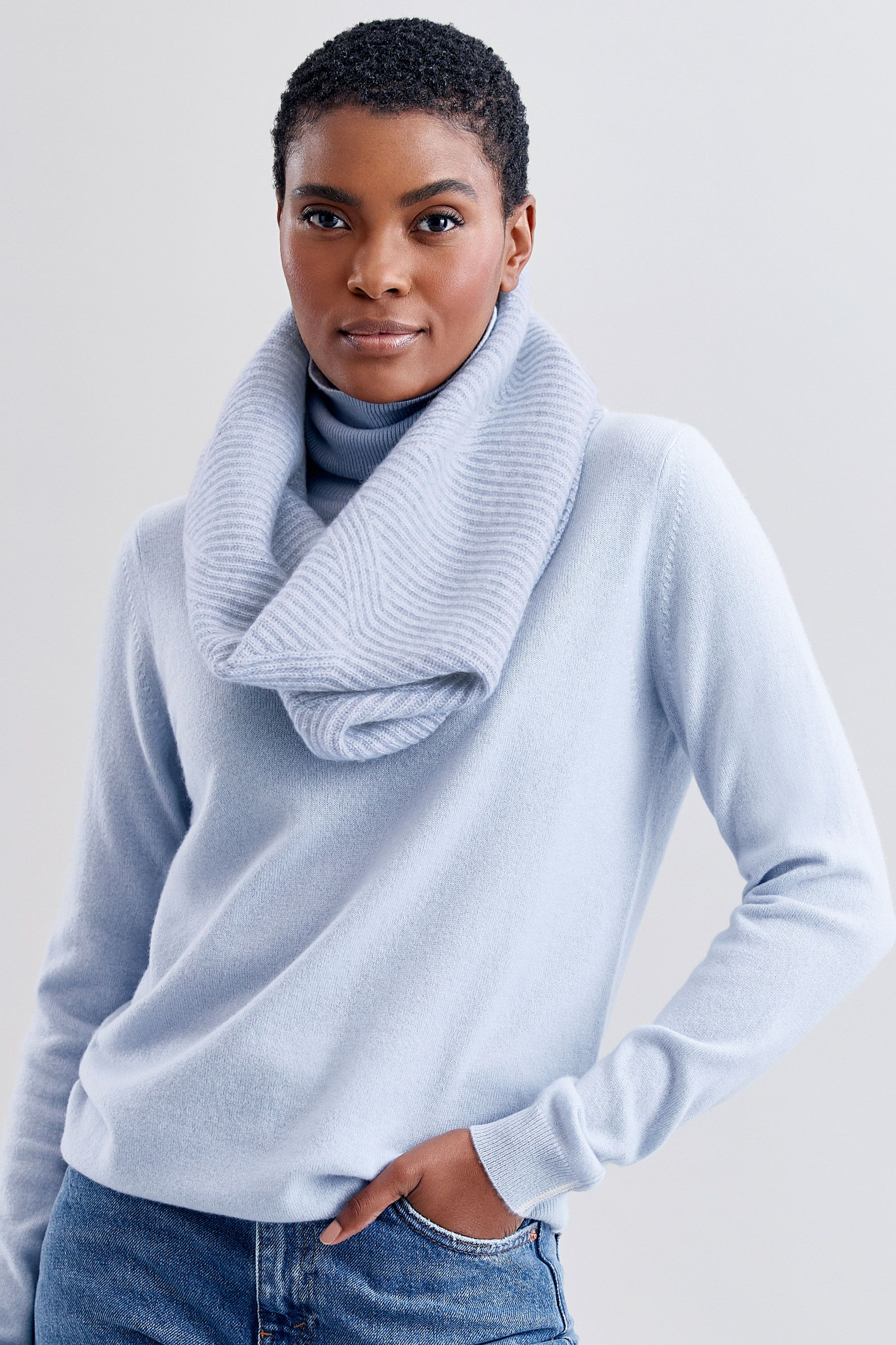 Cashmere Snood in Whisper