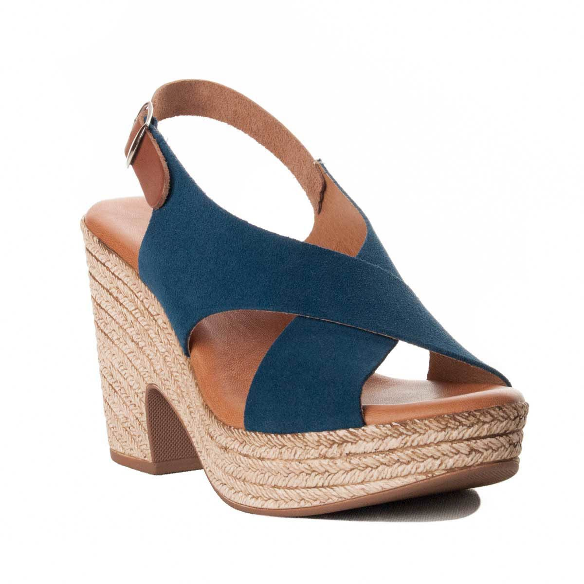 Purapiel Chunky Heel Sandal in Blue