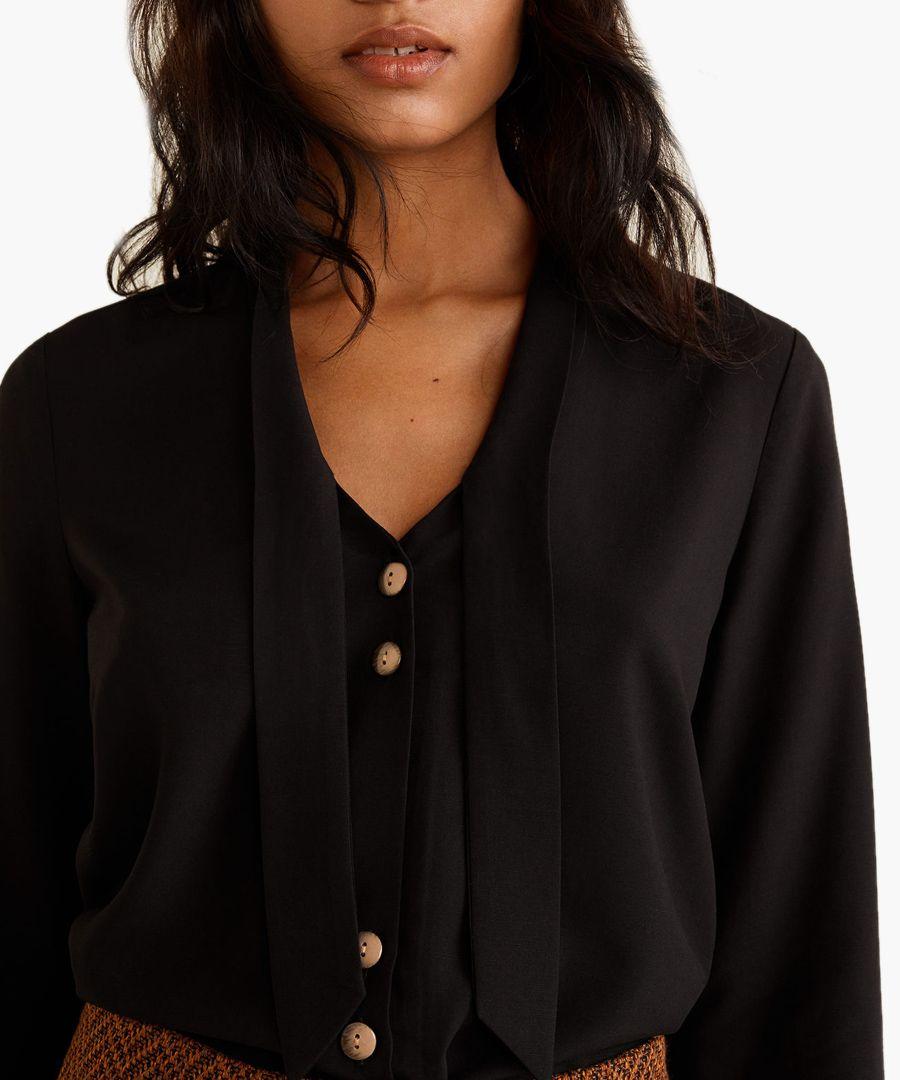 Black bow neck shirt