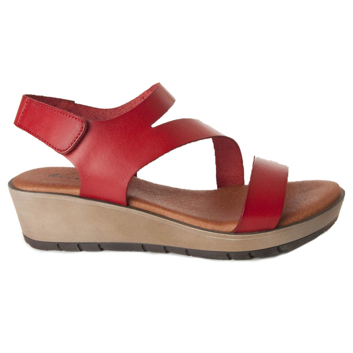 Leindia Wedge Sandal in Red