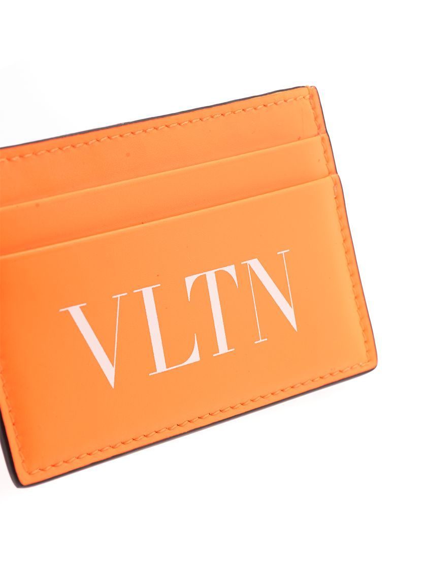 VALENTINO GARAVANI MEN'S TY0P0448CFWCK0 ORANGE LEATHER CARD HOLDER