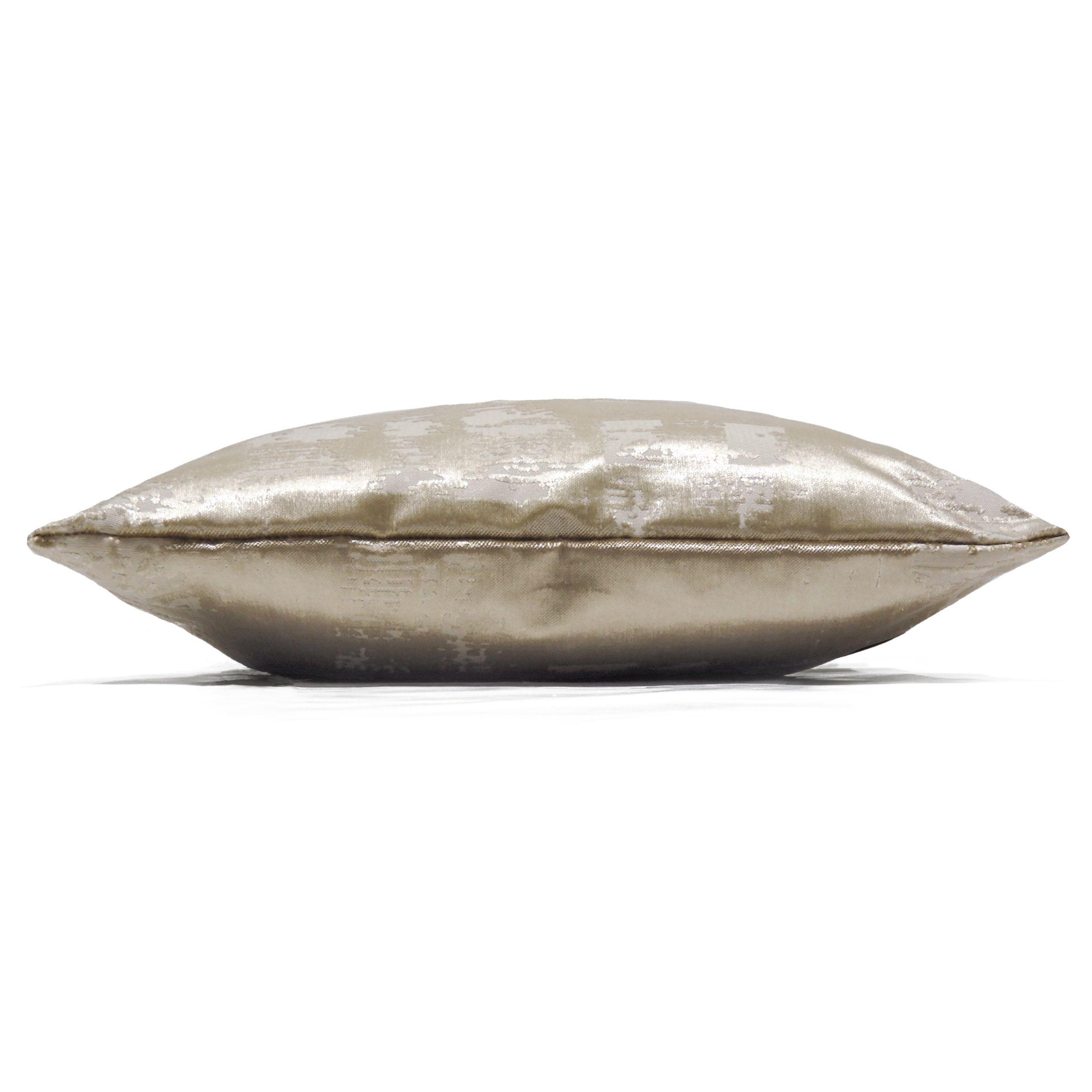 Aphrodite Cushion