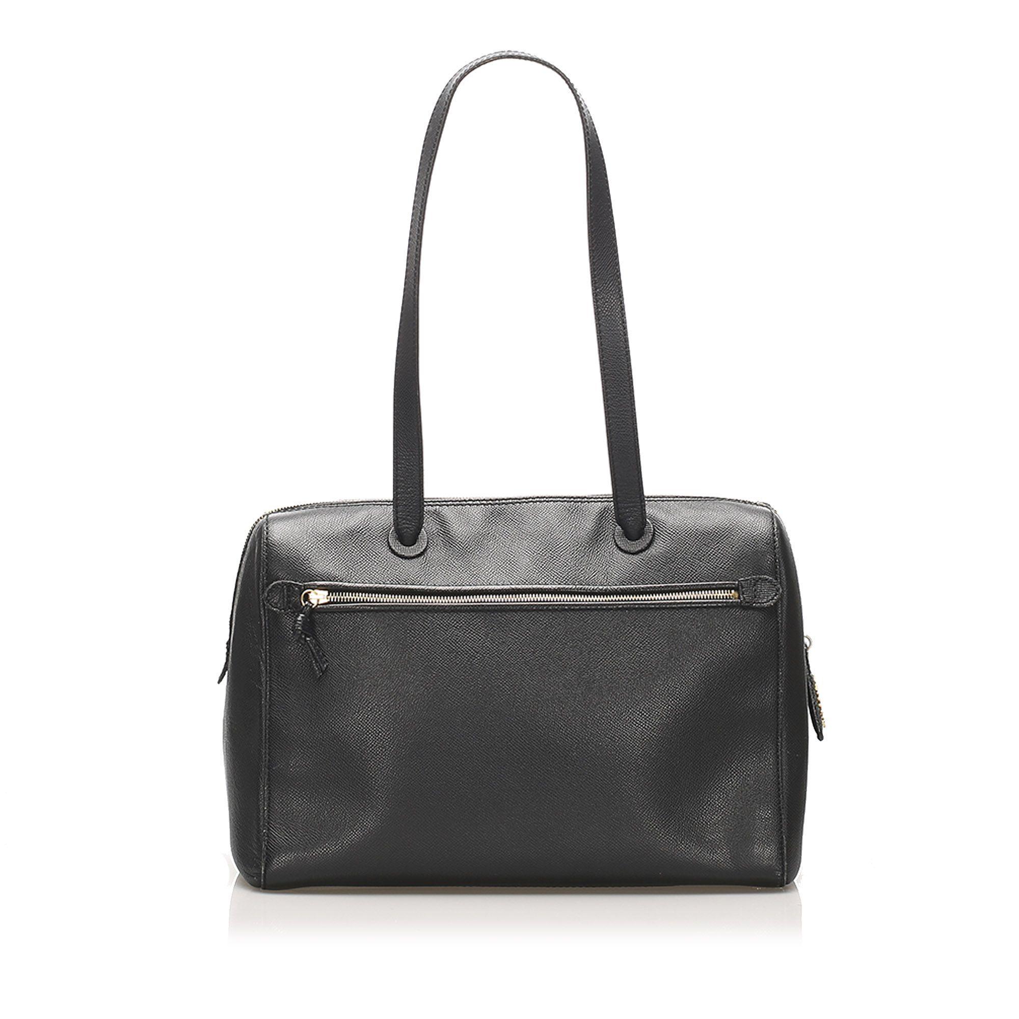 Vintage Chanel Caviar Leather Shoulder Bag Black