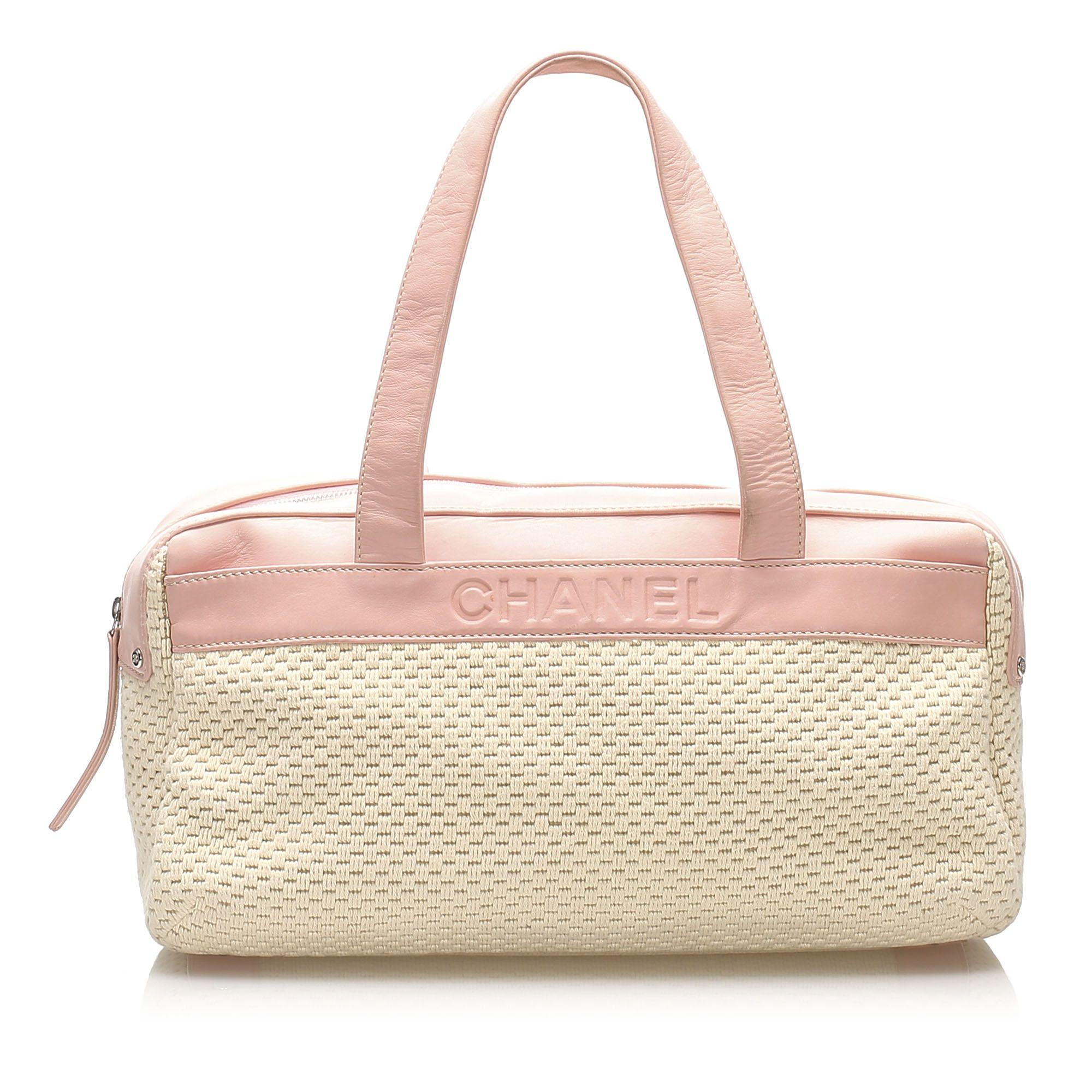 Vintage Chanel Lax Wool Shoulder Bag White