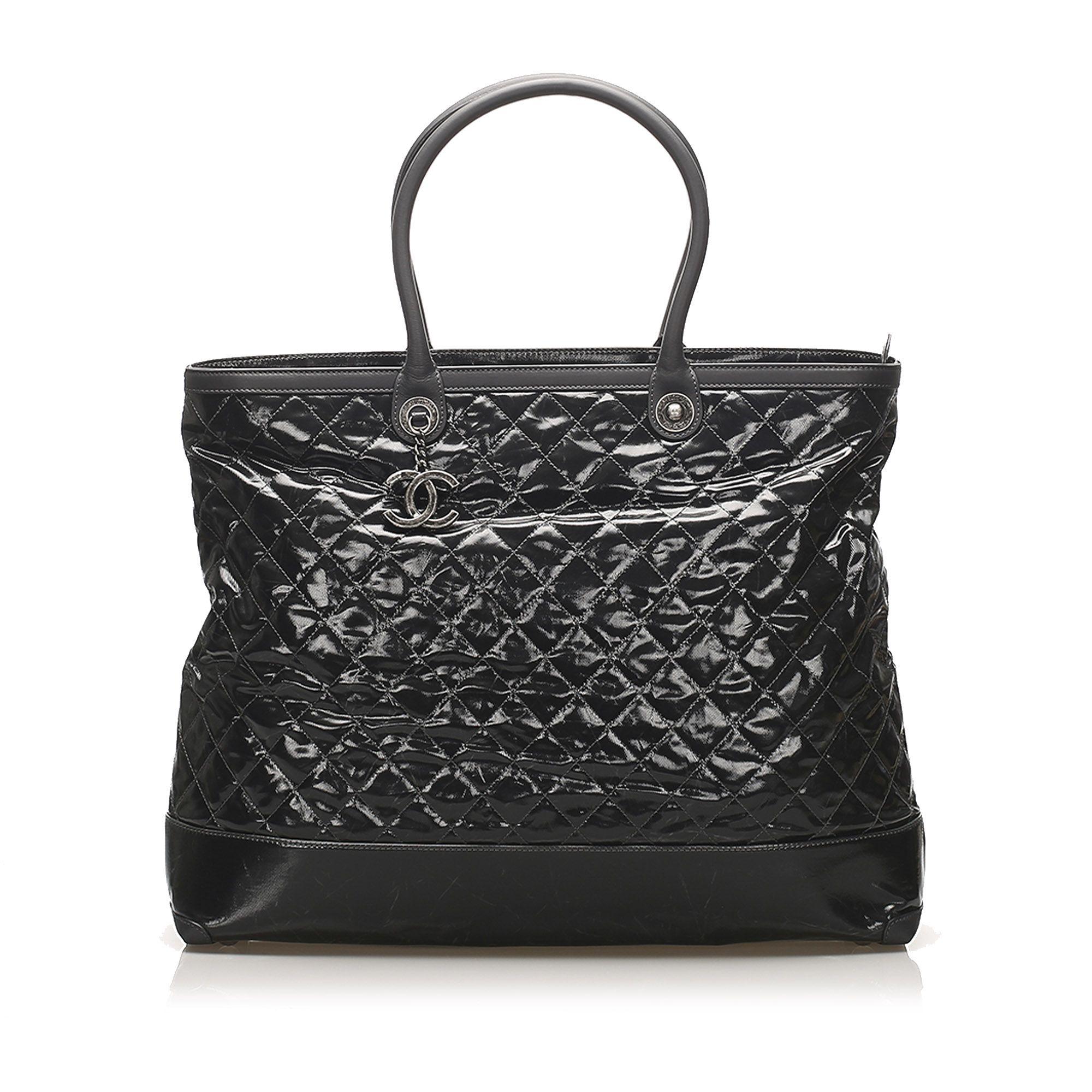 Vintage Chanel Matelasse Patent Leather Travel Bag Black