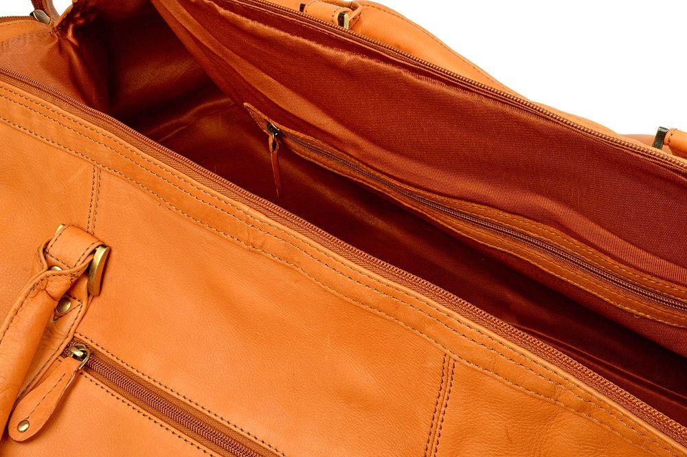 "Woodland Leather Tan Large Size Travel Holdall 24.0"" Wide Wide Central Zip Opening Adjustable Shoulder Strap"