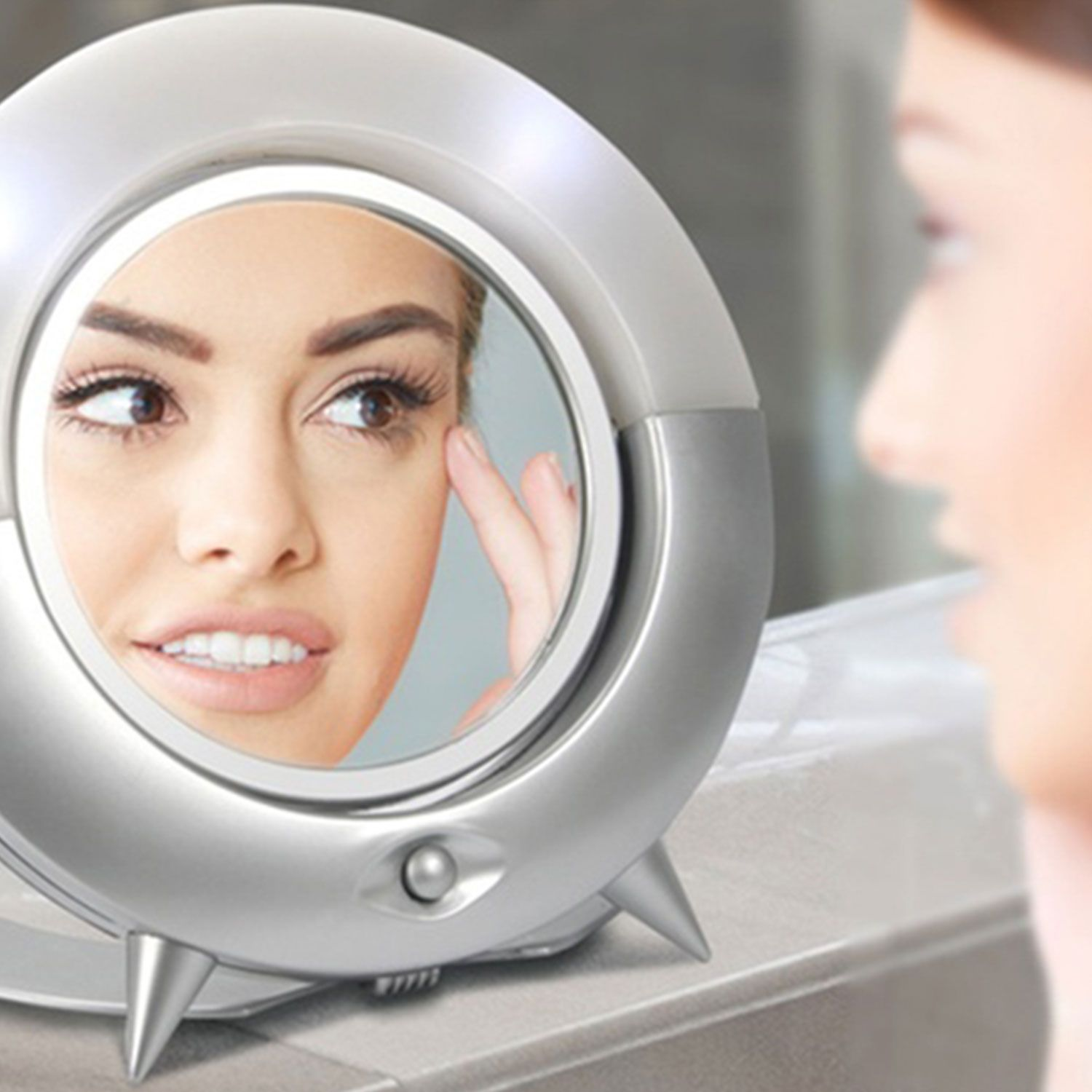 Envie Cosmetic Mirror with Light