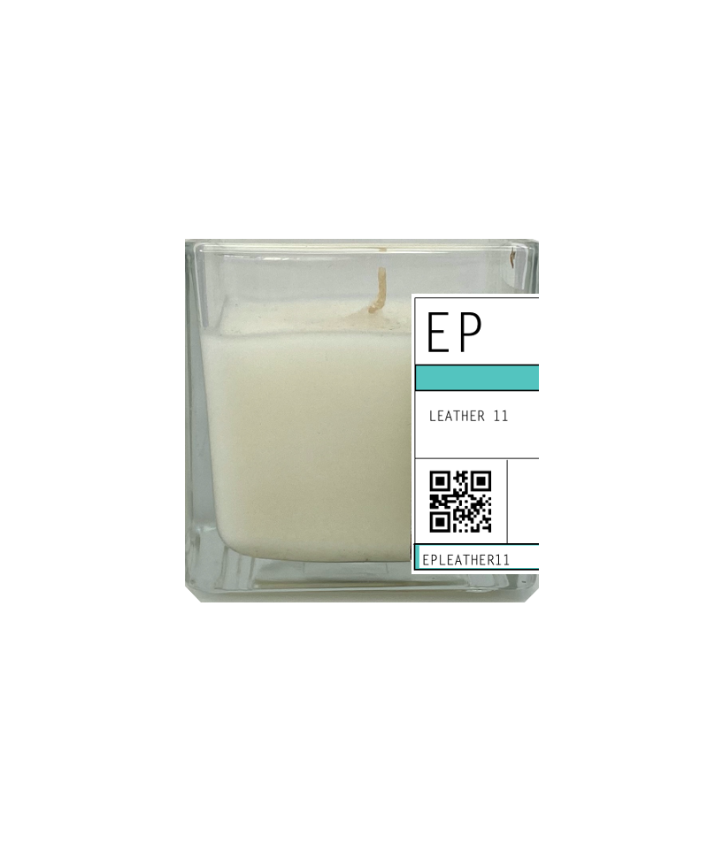 LEATHER 11 30cl Candle