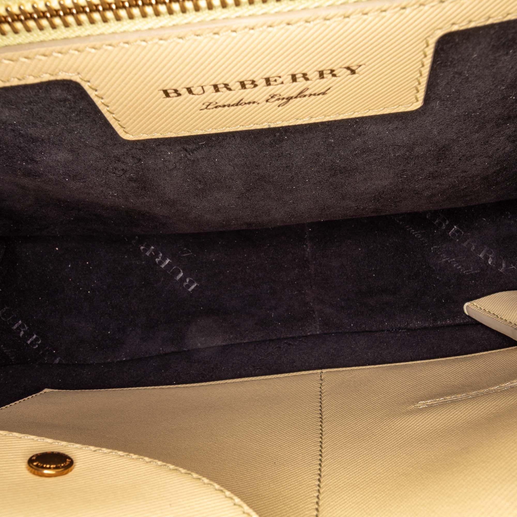 Vintage Burberry Large DK88 Handbag Red
