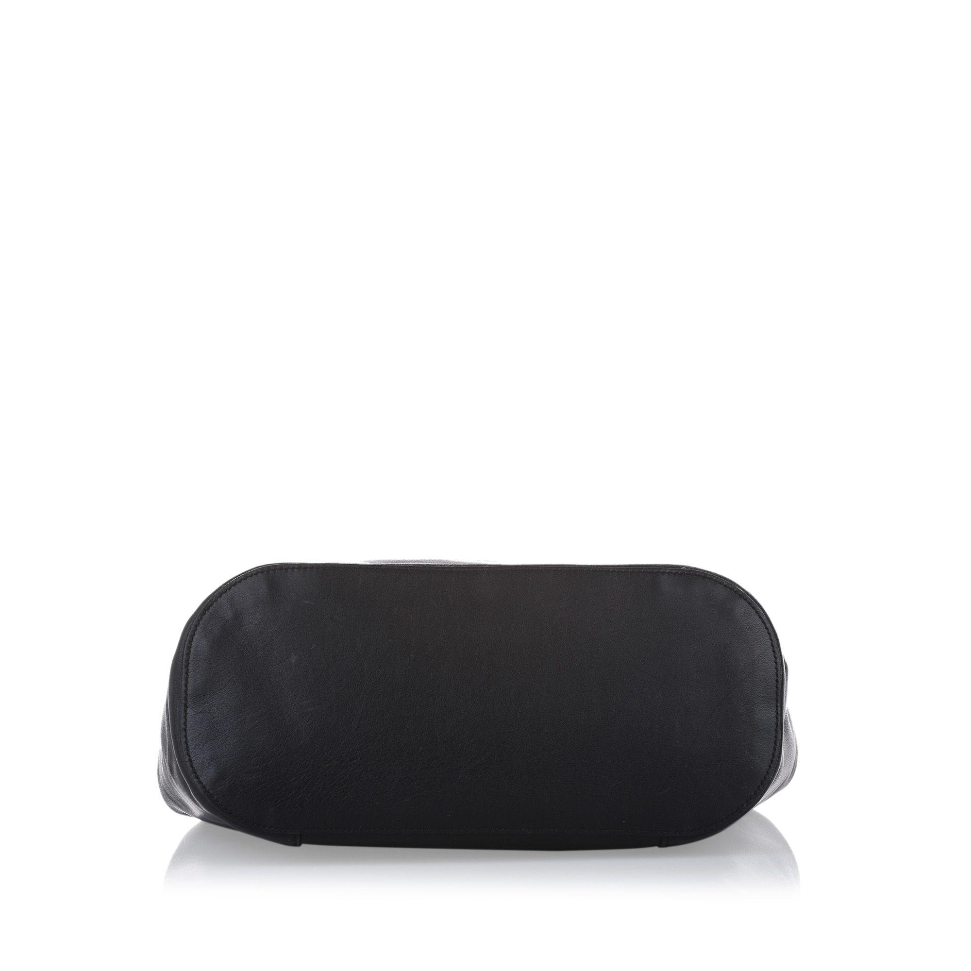 Vintage Gucci Ring Handle Leather Shoulder Bag Black