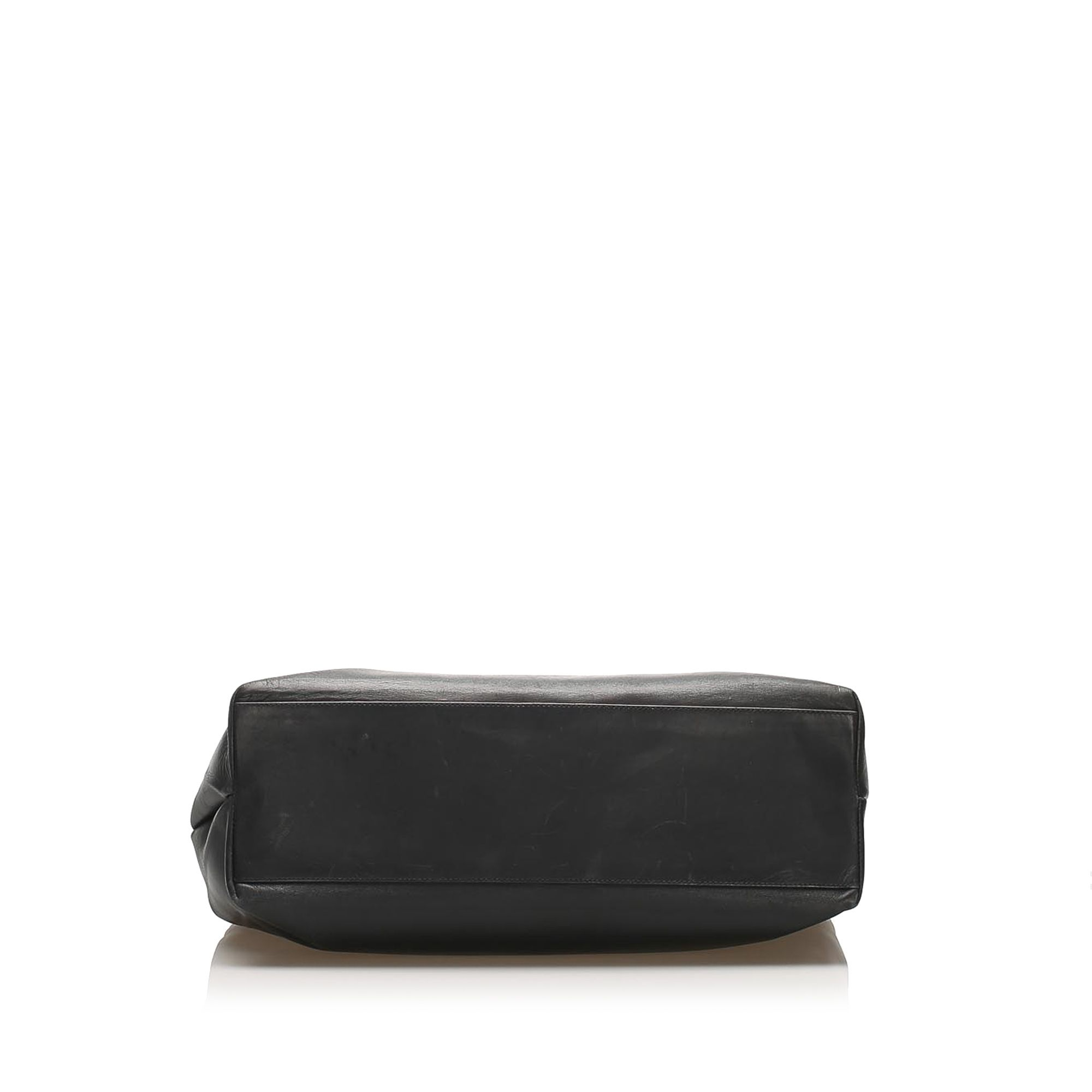 Vintage Ferragamo Gancini Leather Shoulder Bag Black