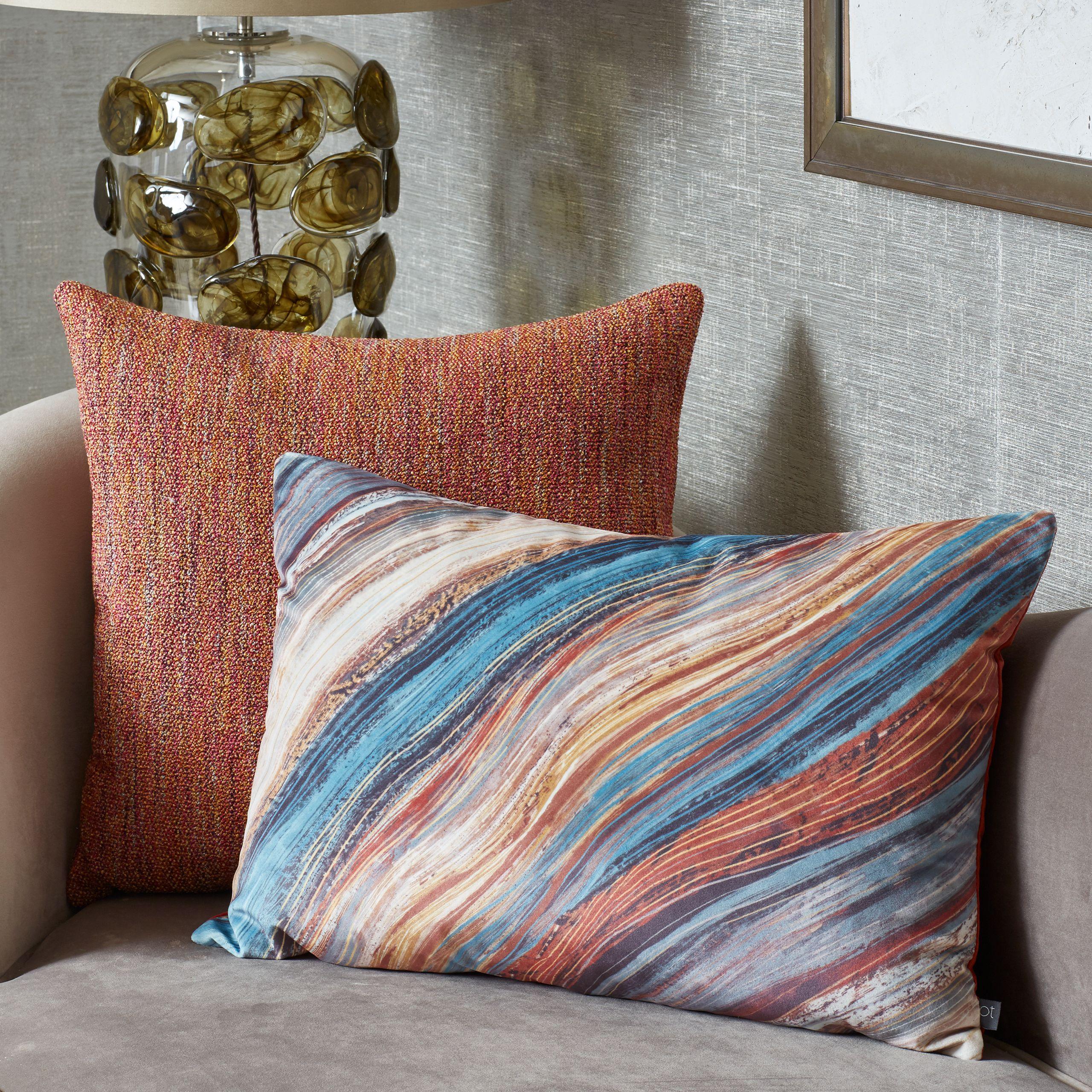 Heartwood Cushion
