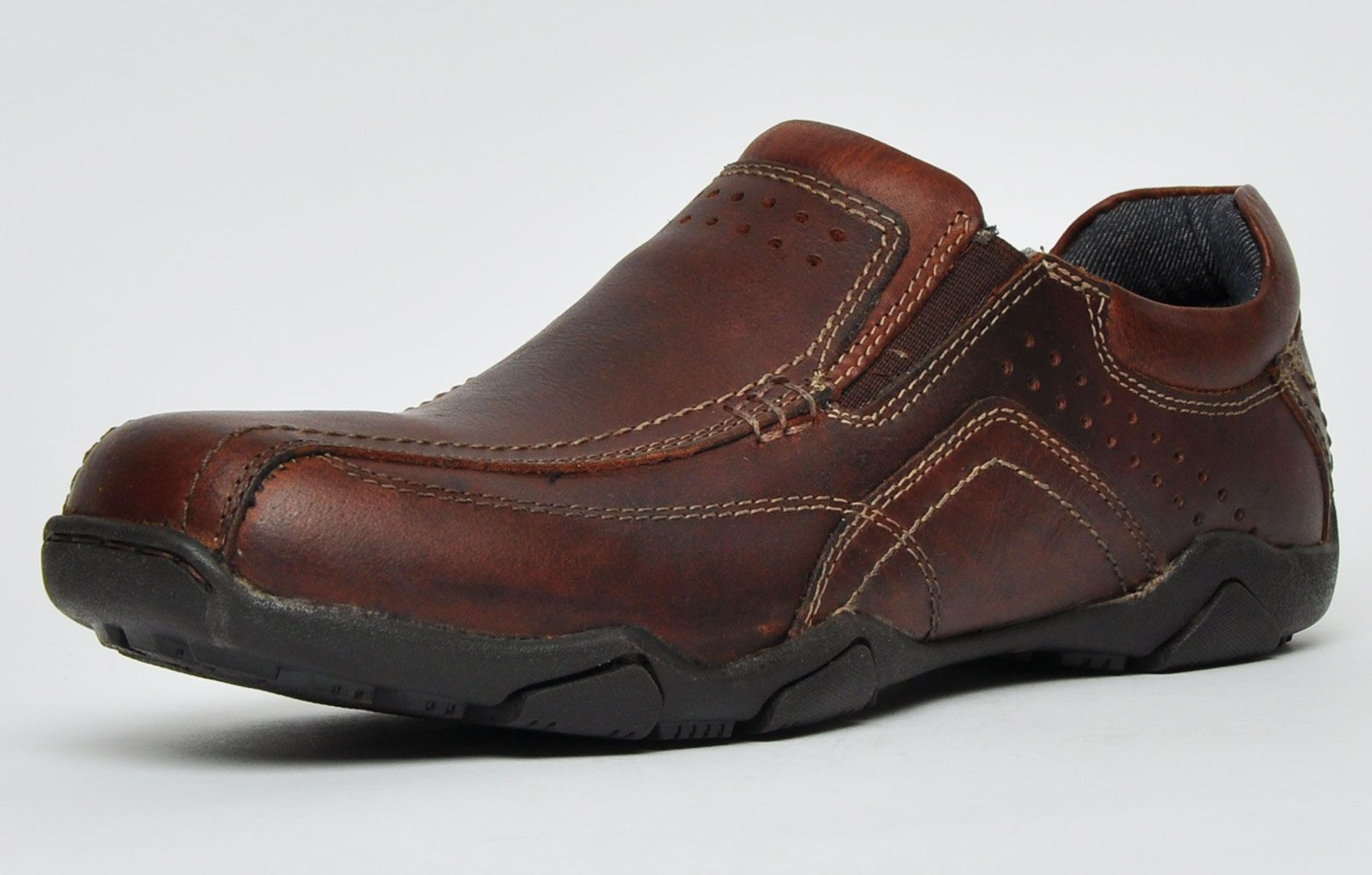 Red Tape Derwent Leather Mens