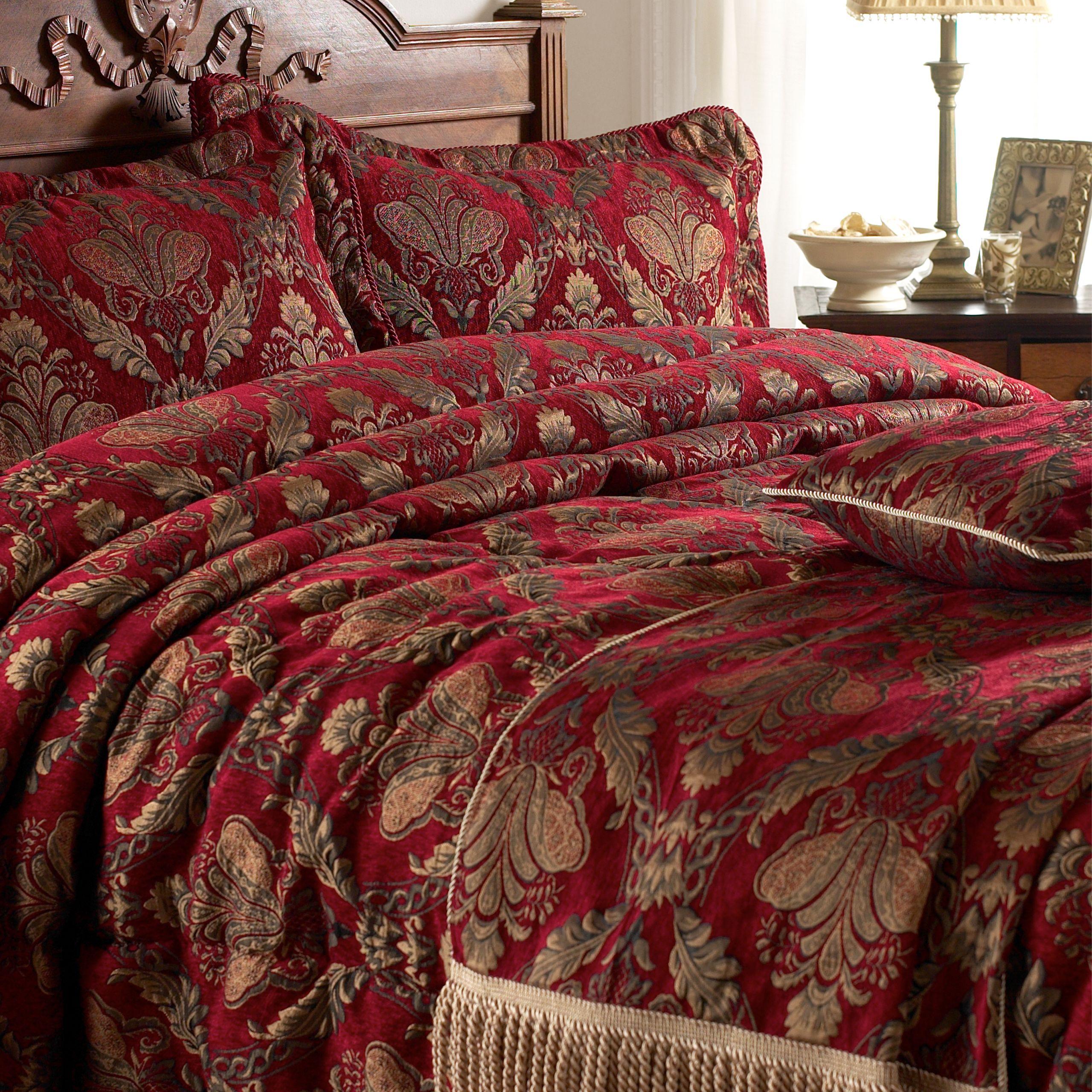 Shiraz Bedspread Burgundy