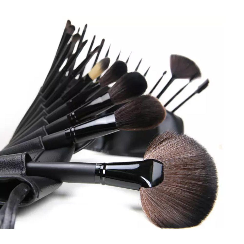 Set of 24 professional makeup brushes