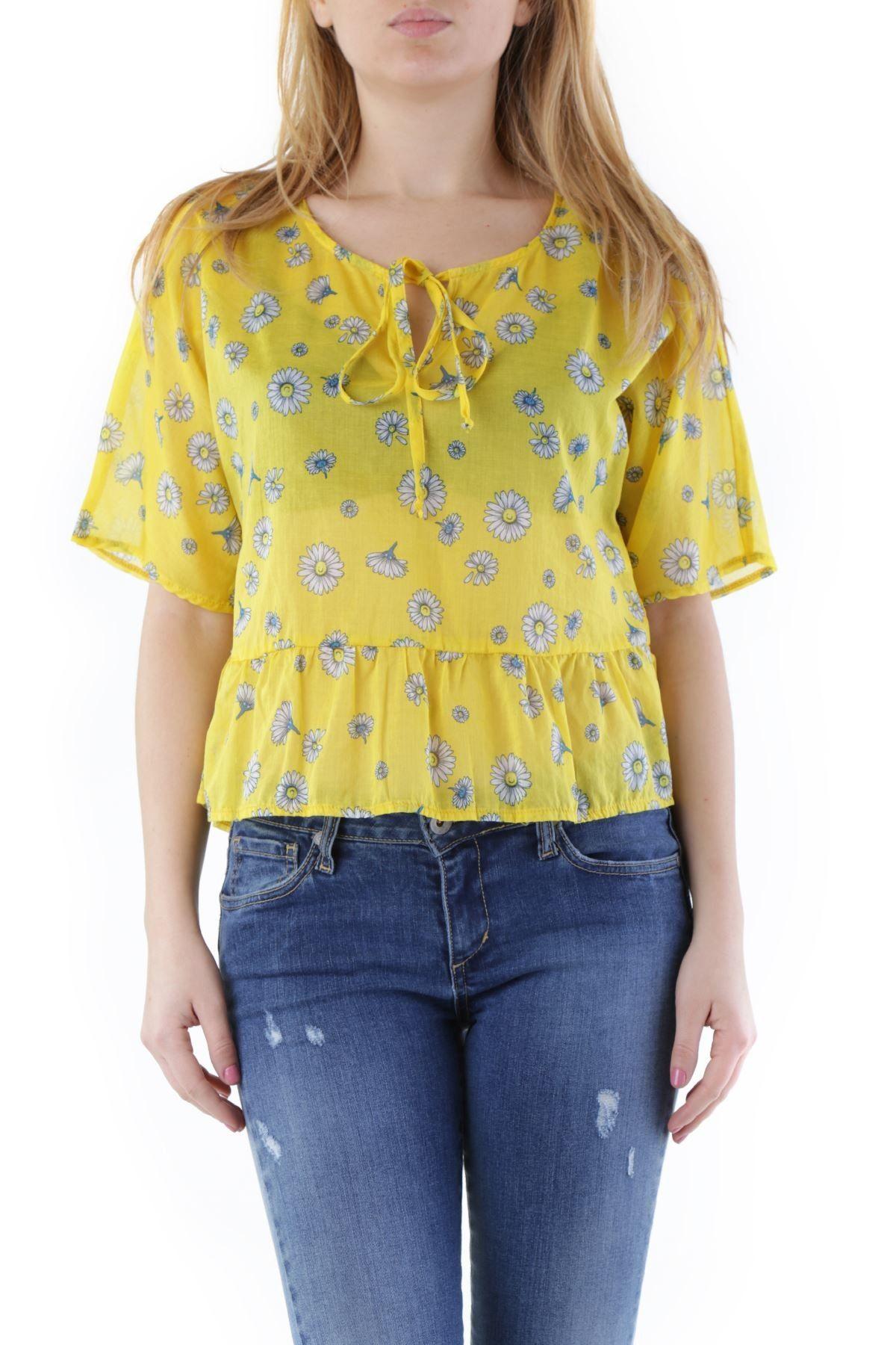 Olivia Hops Women's Blouse In Yellow