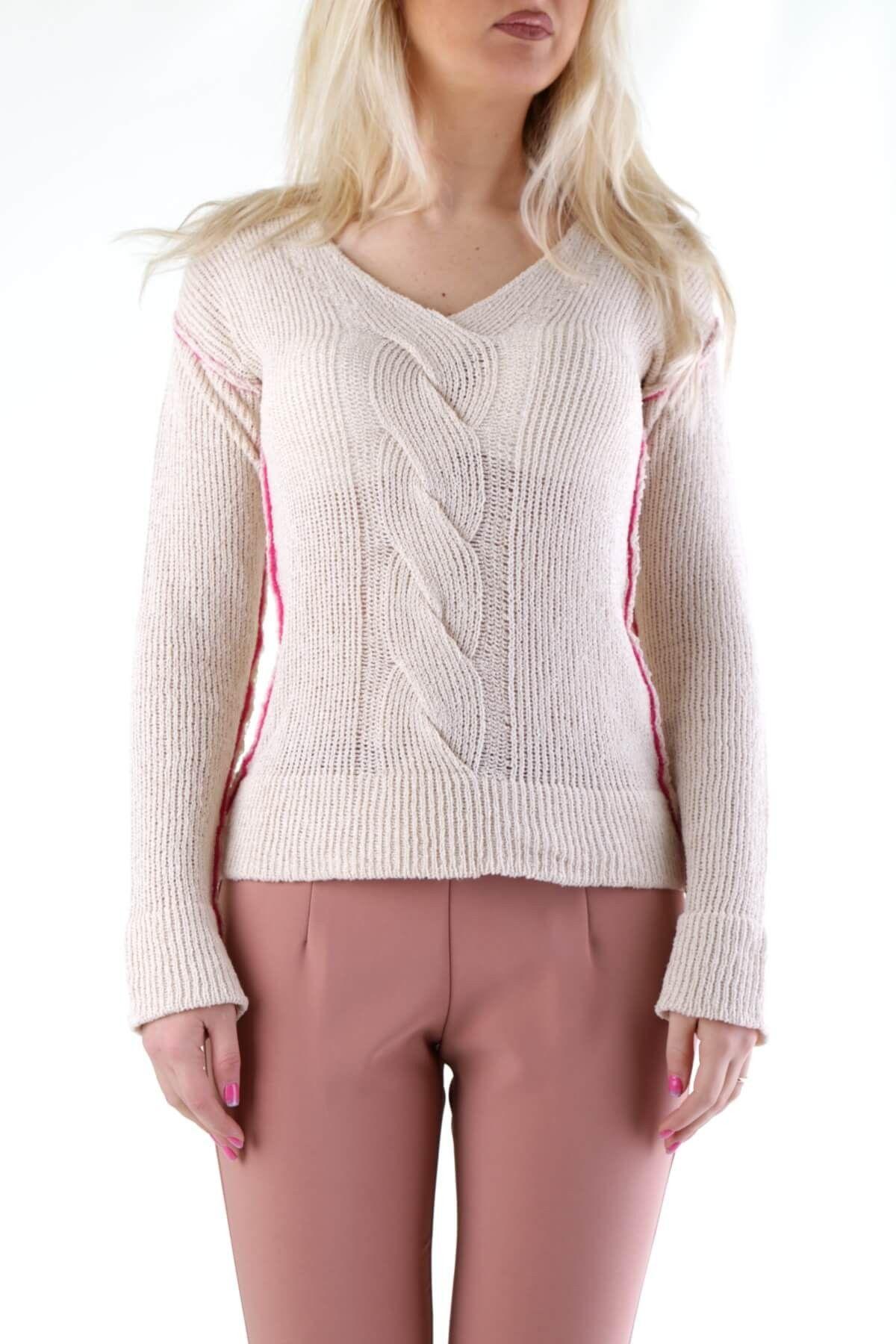 Olivia Hops Women's Knitwear In White