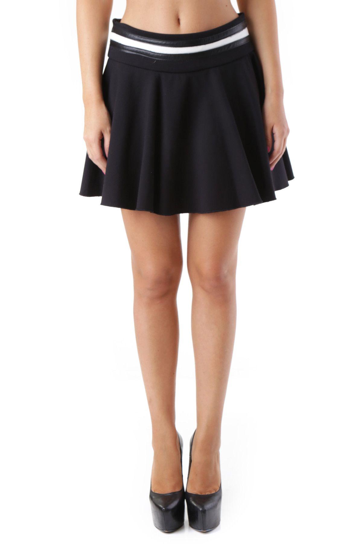 525 Women's Skirt In Black