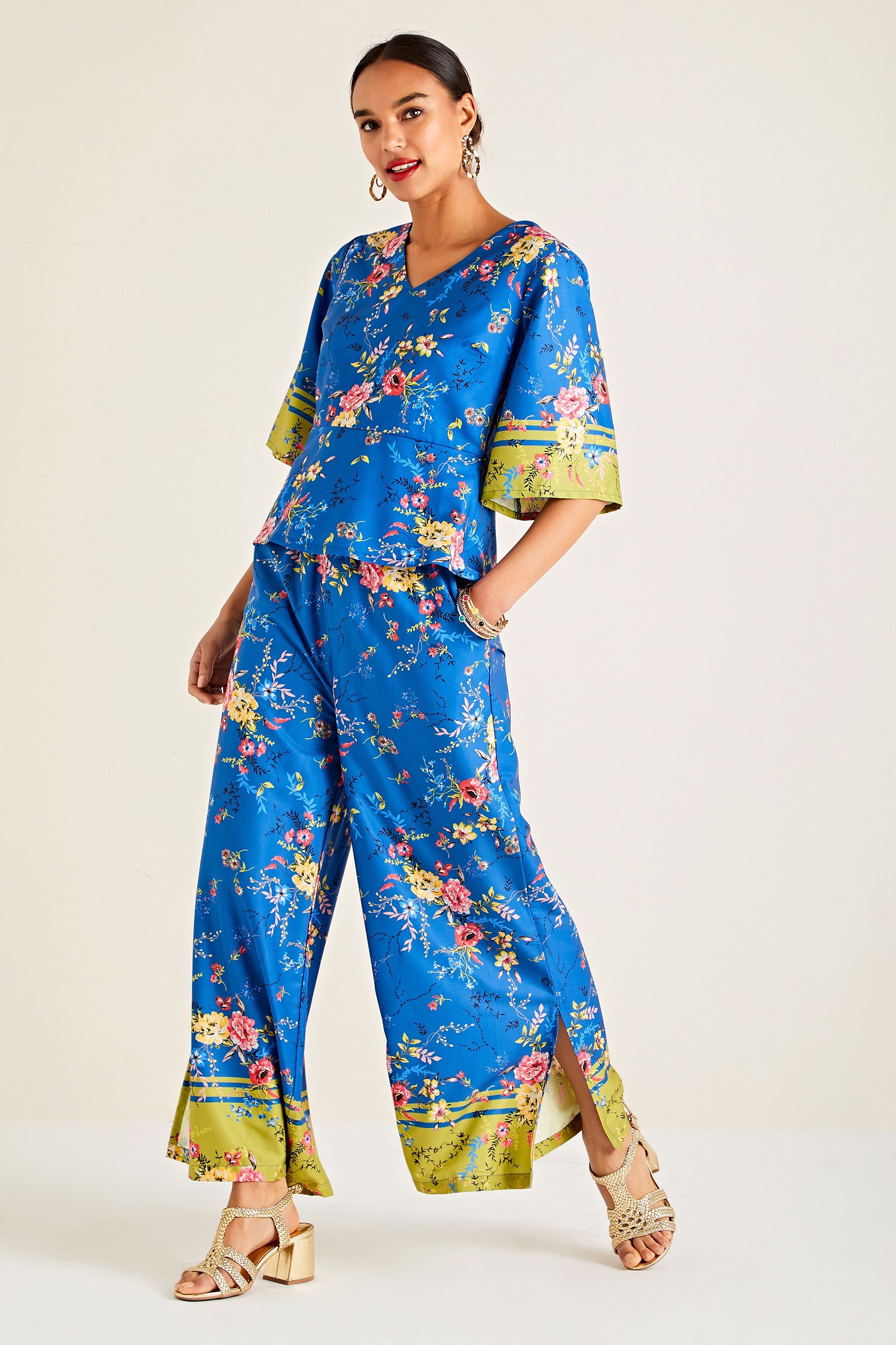 Summer Floral Printed Top With Border Sl