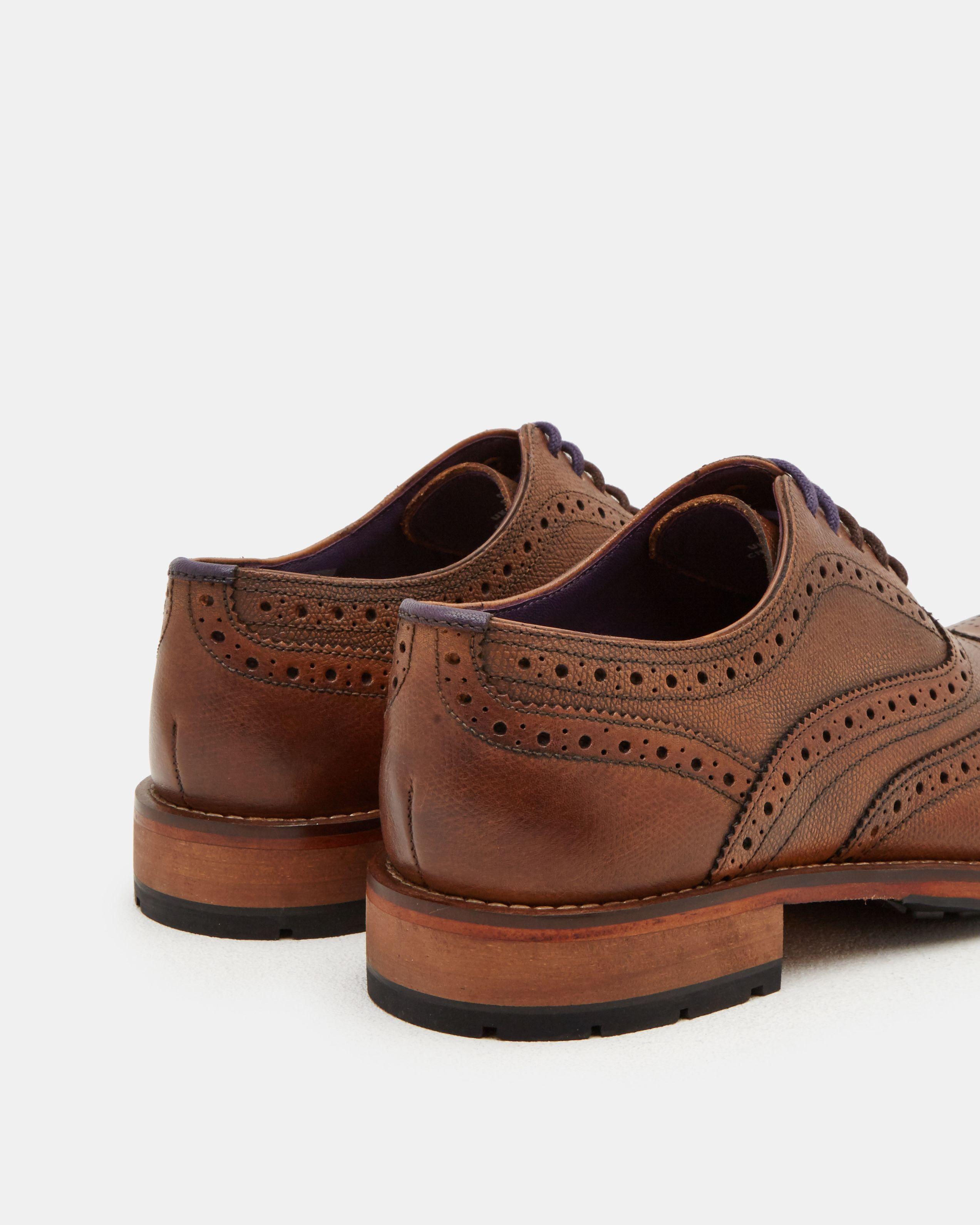 Guri Leather Oxford Brogue in Tan