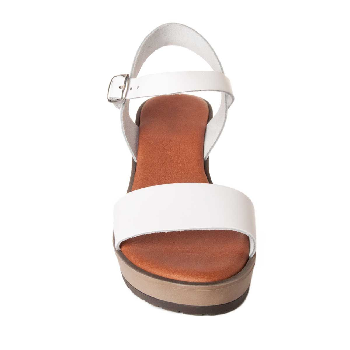 Leindia Wedge Sandal in White