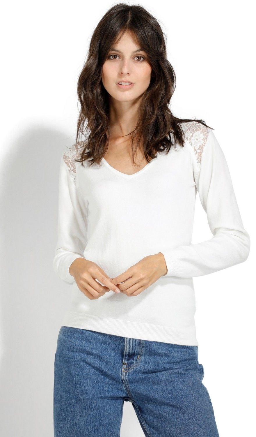 Assuili V-neck Long Sleeve Sweater with Lace in Ecru