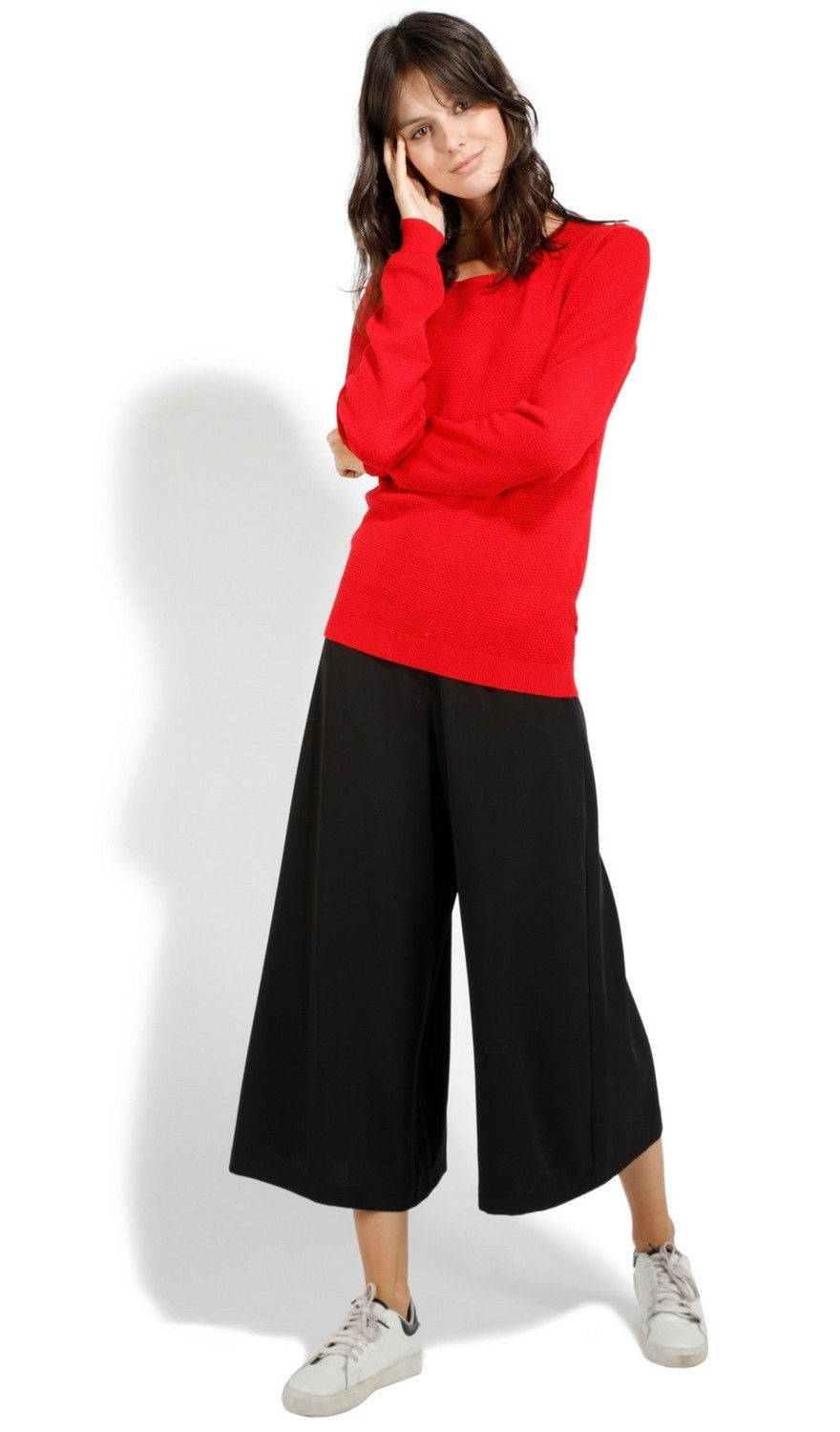 Assuili Round Neck Zip Back Sweater in Red