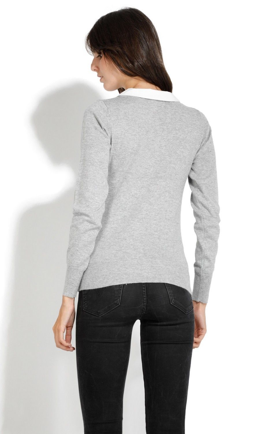 Assuili Buttoned Peter Pan Collar Sweater in Grey