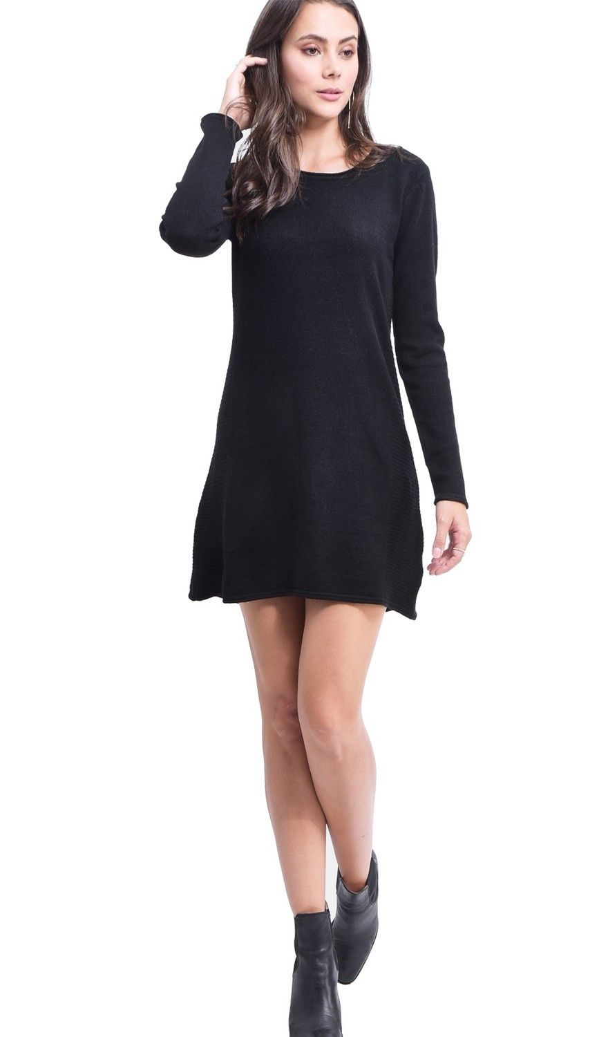Assuili Round Neck Ribbed Side Tunic in Black