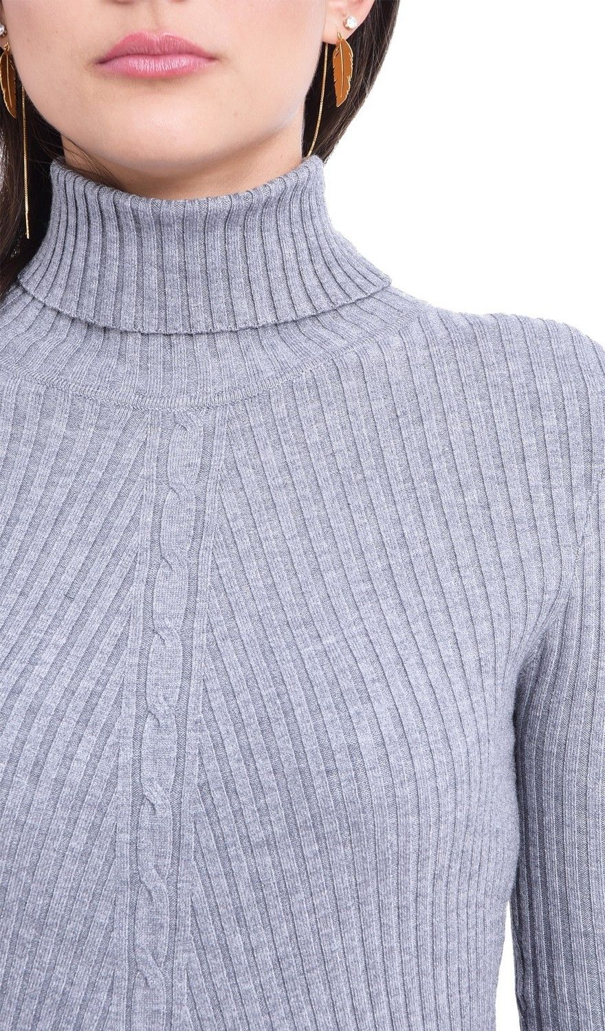 Assuili Turtleneck Twisted Yarn Front Sweater in Grey