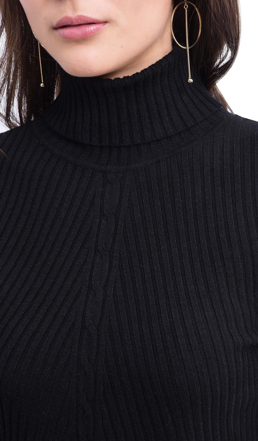 Assuili Turtleneck Twisted Yarn Front Sweater in Black