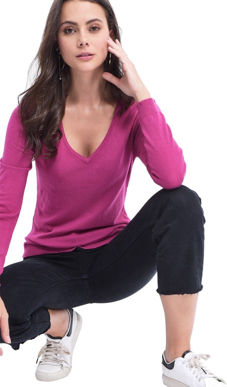 Assuili V-neck Sweater in Fuschia