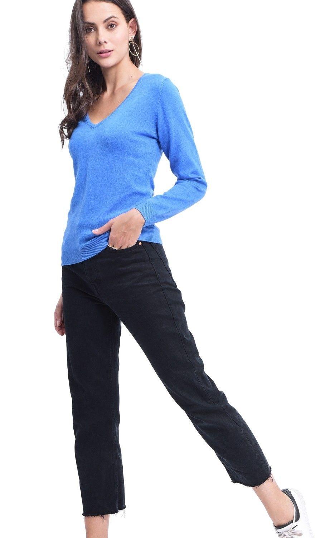 Assuili V-neck Sweater in Blue