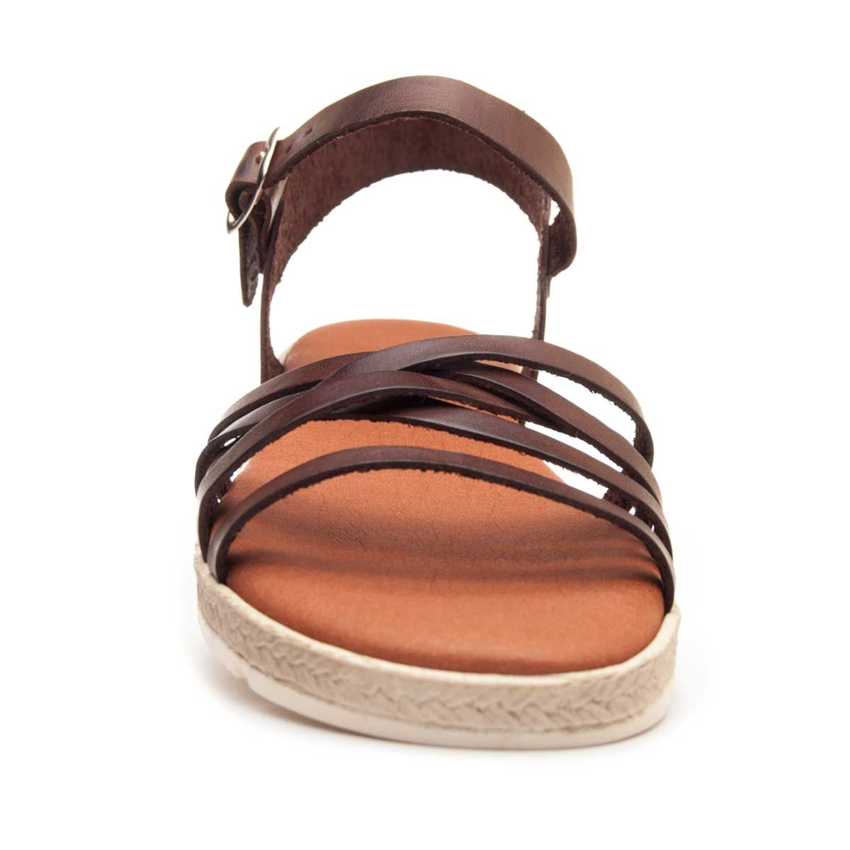 Leindia Strappy Sandal in Camel