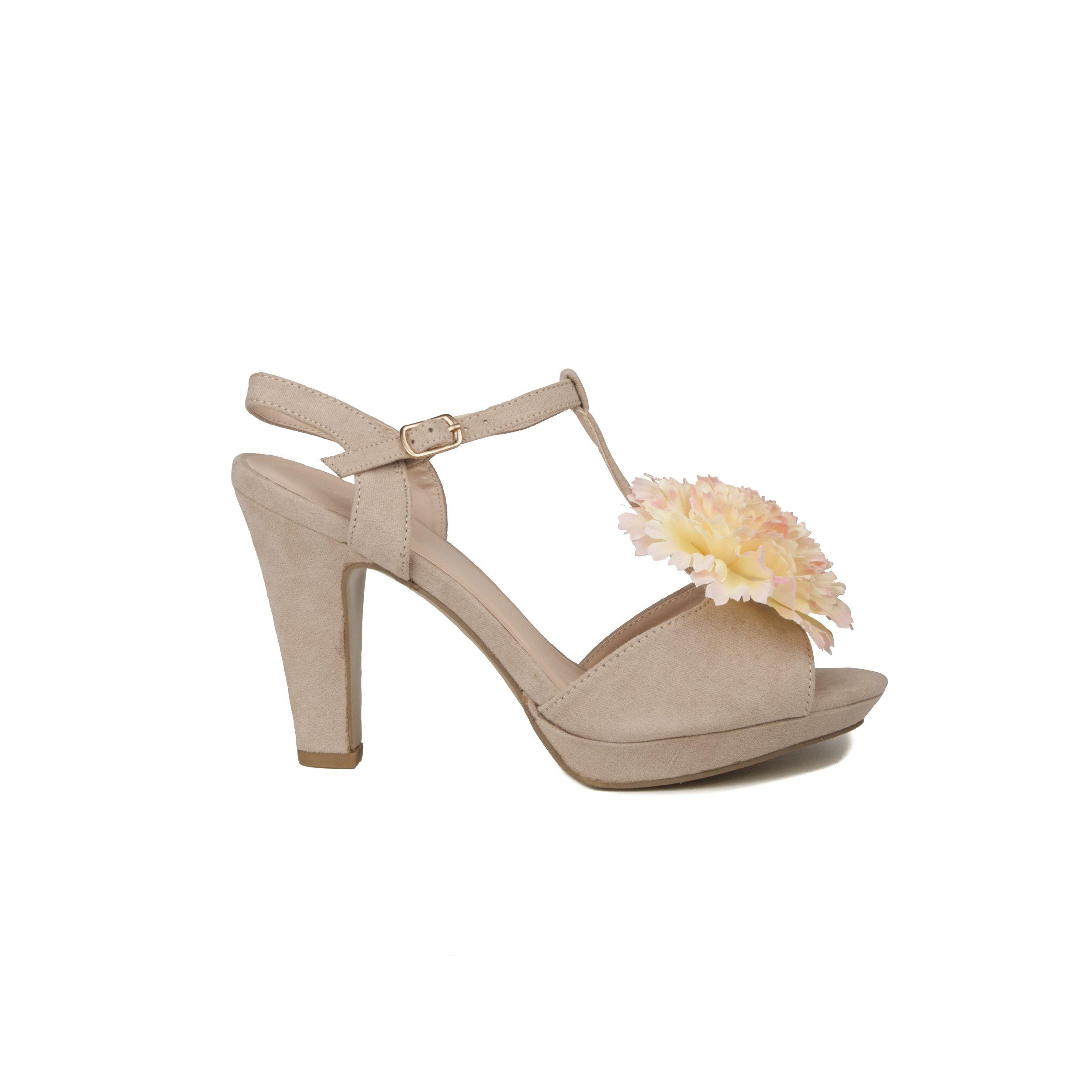 Maria Graor Heeled Shoe in Beige