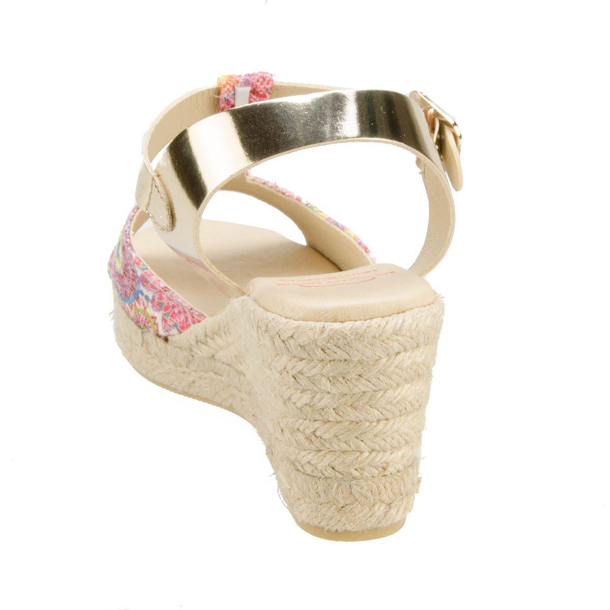 Leindia Sparto Wedge Sandal in Pink