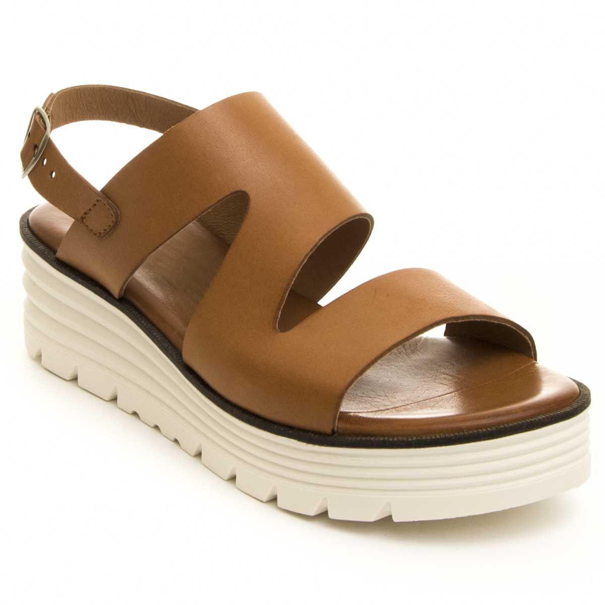 Purapiel Platform Sandal in Camel