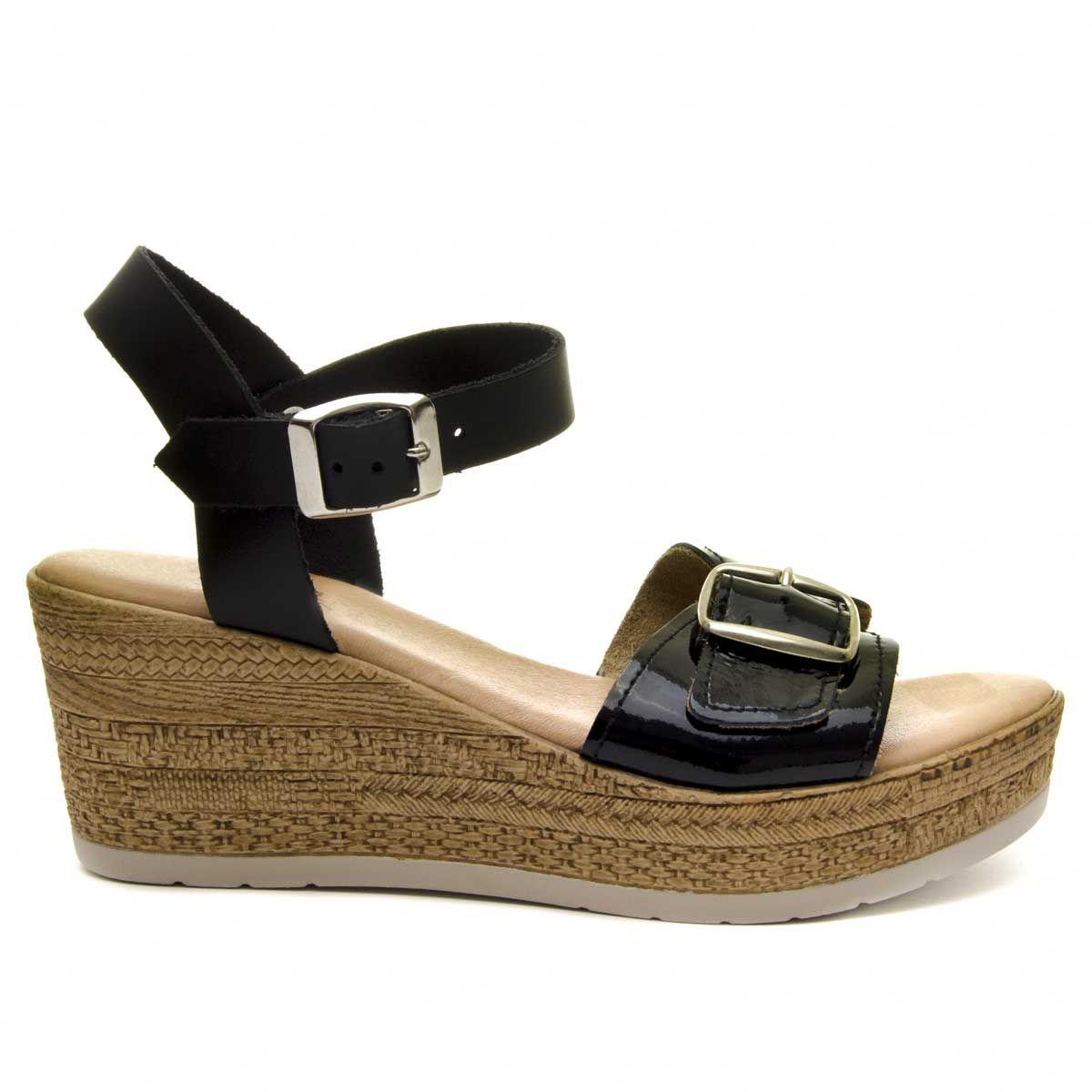Purapiel Wedge Sandal in Black