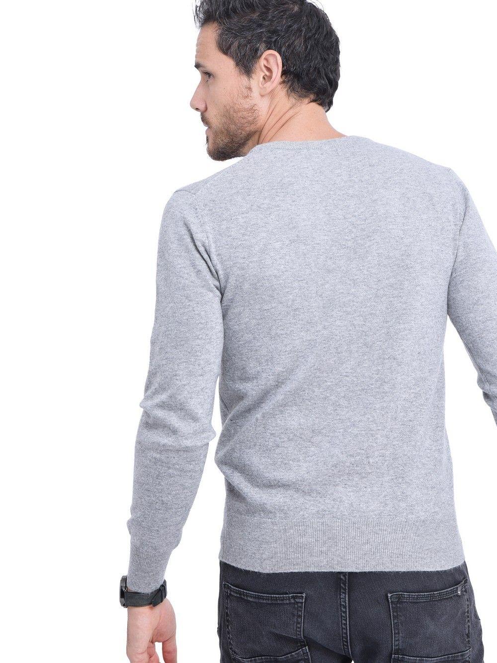 C&JO Round Neck Sweater in Light Grey