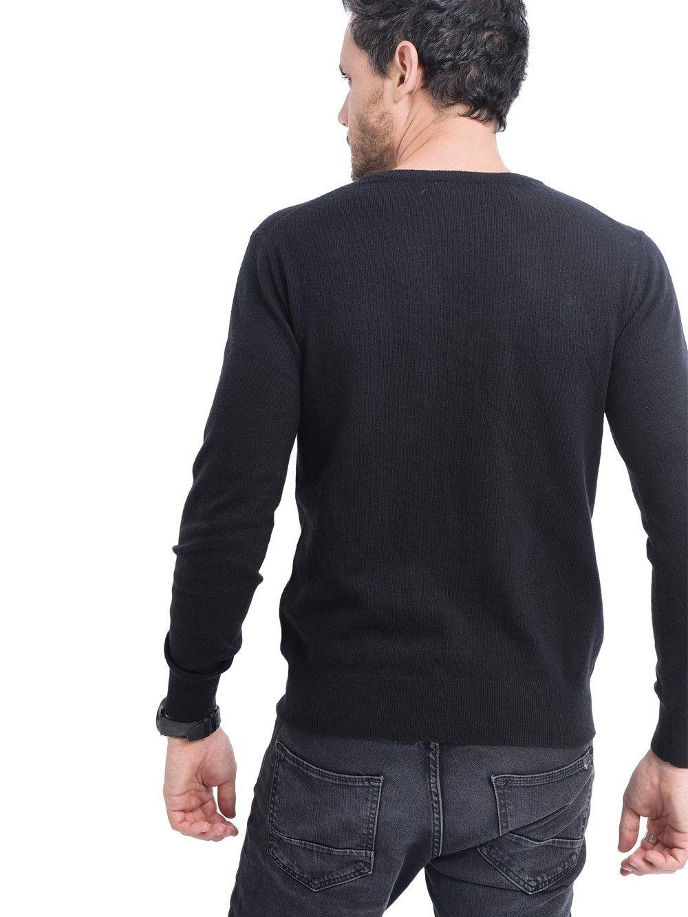 C&JO Round Neck Sweater in Black