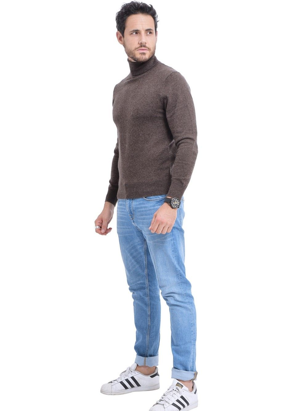 C&JO Turtleneck Sweater in Brown
