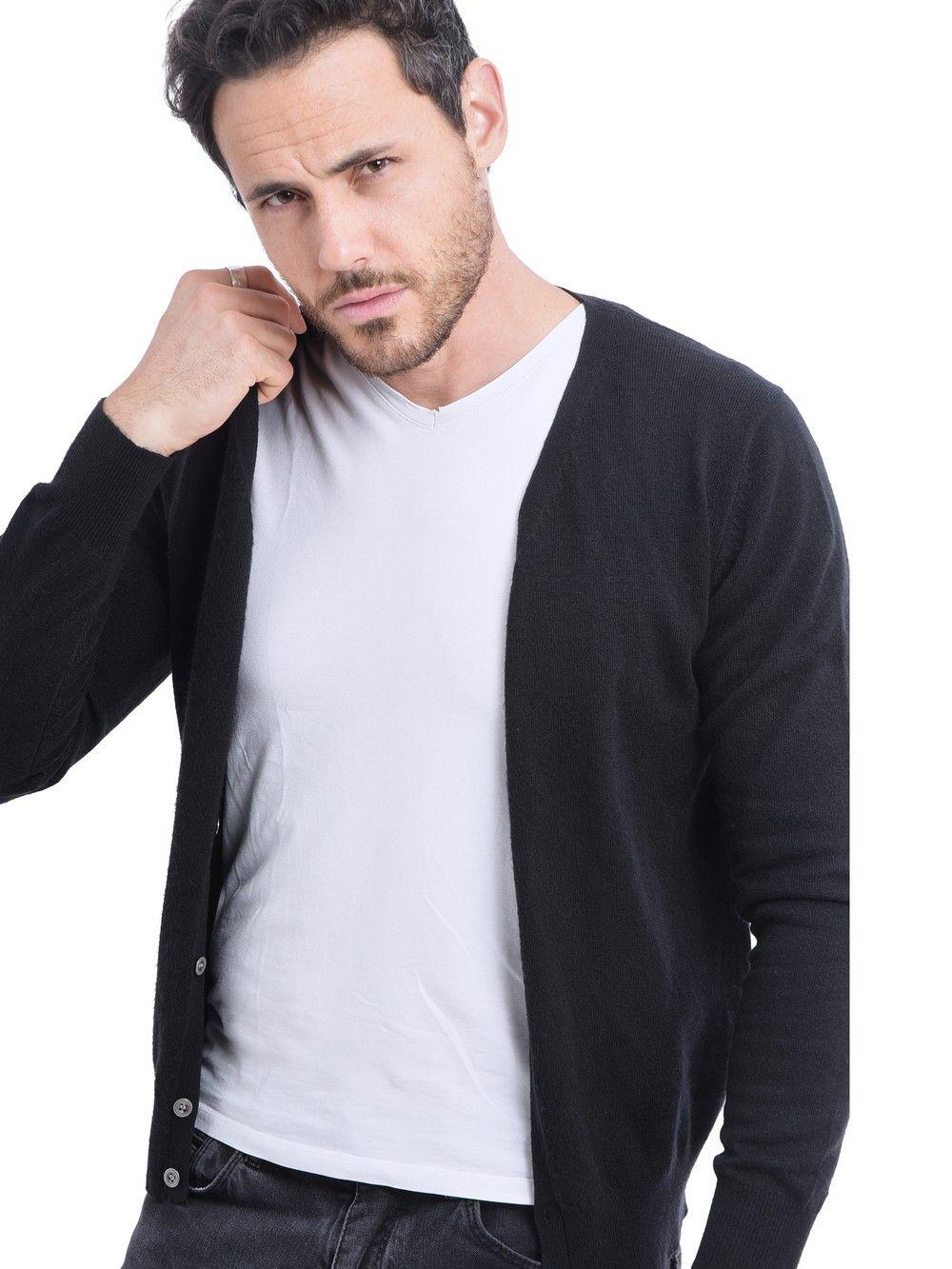 C&JO V-neck Buttoned Cardigan in Black