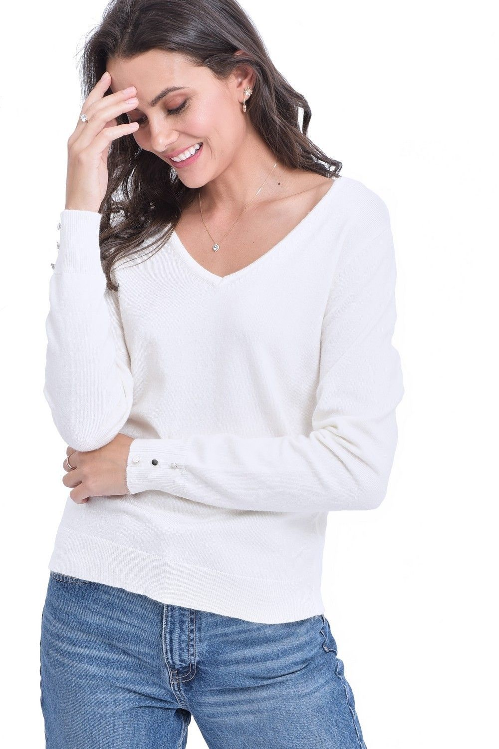 C&JO V-neck Sweater with Buttoned Sleeves in Natural