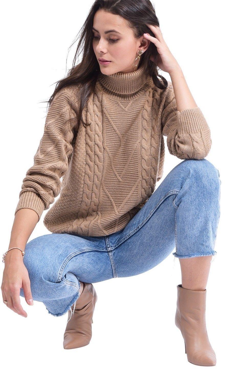 C&JO Turtleneck Twisted Yarn Sweater in Beige