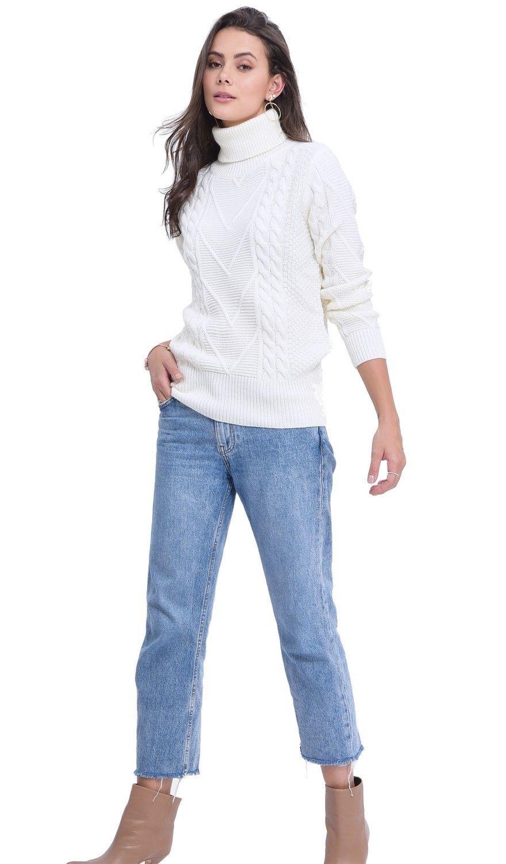 C&JO Turtleneck Twisted Yarn Sweater in Natural