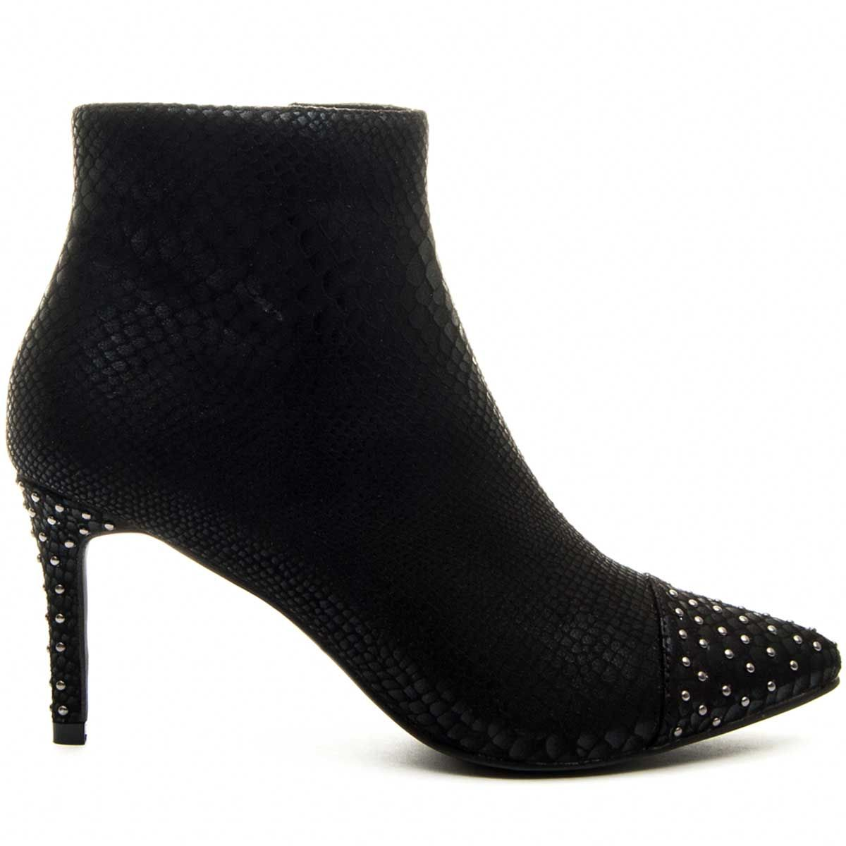 Montevita Pointy Heeled Ankle Boot in Black